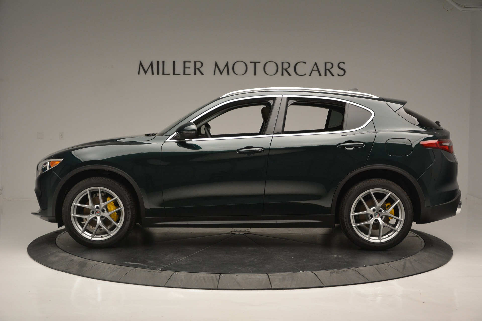 New 2019 Alfa Romeo Stelvio Ti Q4 For Sale In Greenwich, CT. Alfa Romeo of Greenwich, LW299 2877_p3