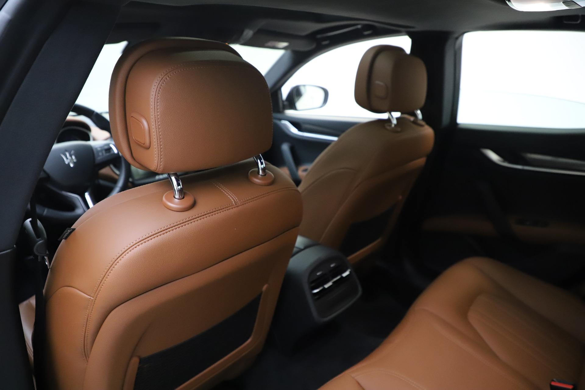 New 2019 Maserati Ghibli S Q4 For Sale In Greenwich, CT. Alfa Romeo of Greenwich, M2327 2879_p20