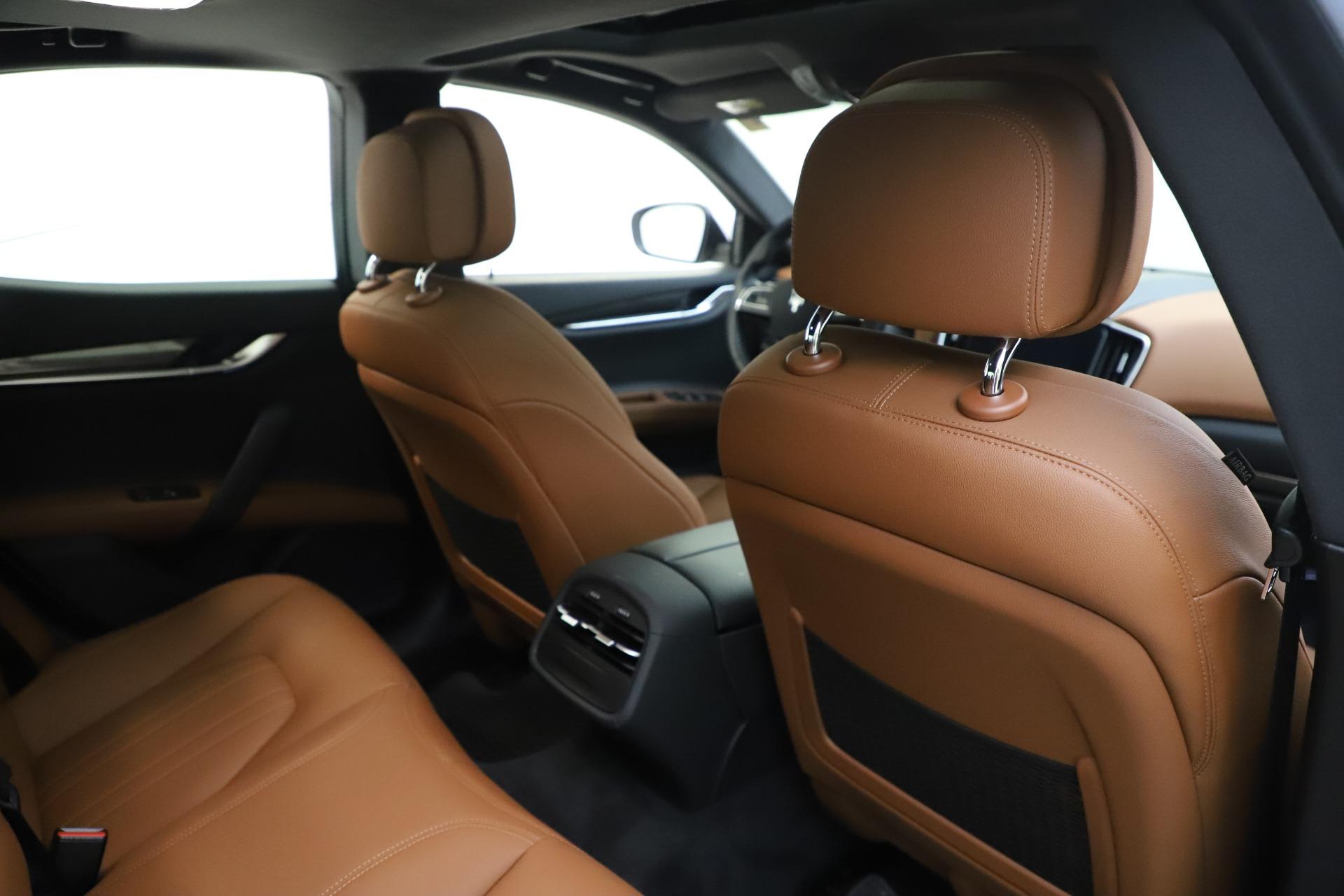 New 2019 Maserati Ghibli S Q4 For Sale In Greenwich, CT. Alfa Romeo of Greenwich, M2327 2879_p28