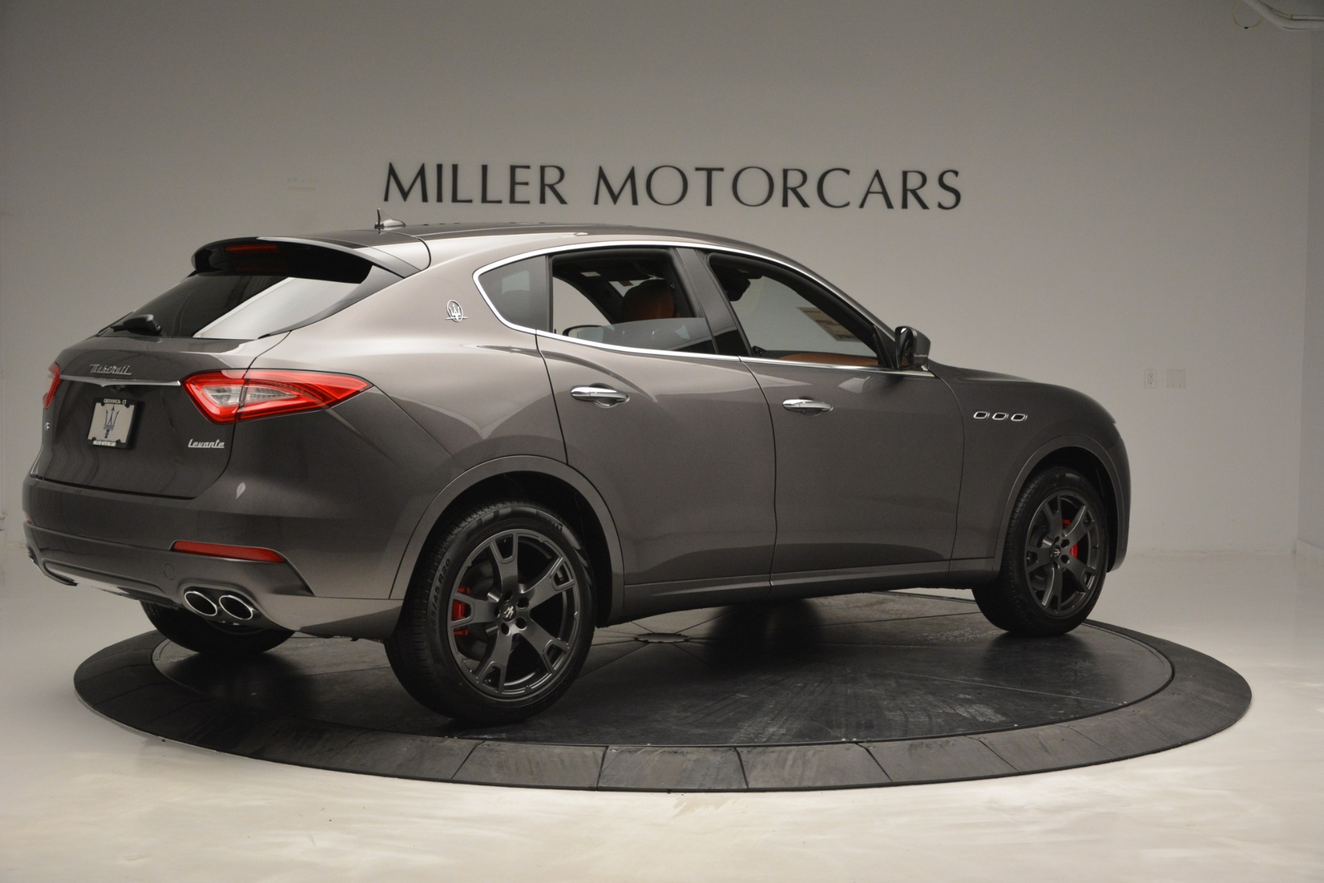 New 2019 Maserati Levante Q4 For Sale In Greenwich, CT. Alfa Romeo of Greenwich, M2256 2880_p10