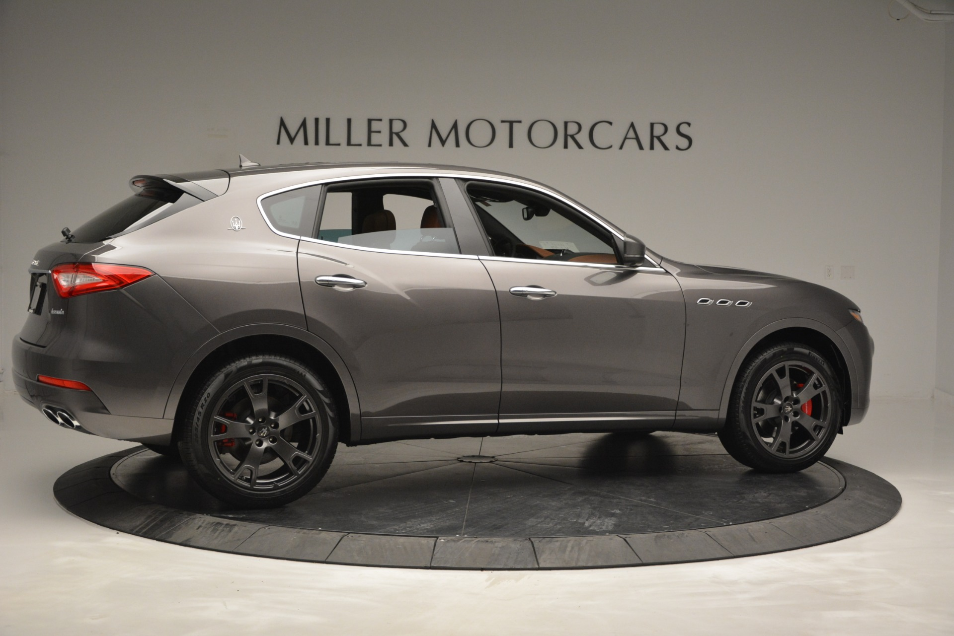 New 2019 Maserati Levante Q4 For Sale In Greenwich, CT. Alfa Romeo of Greenwich, M2256 2880_p11