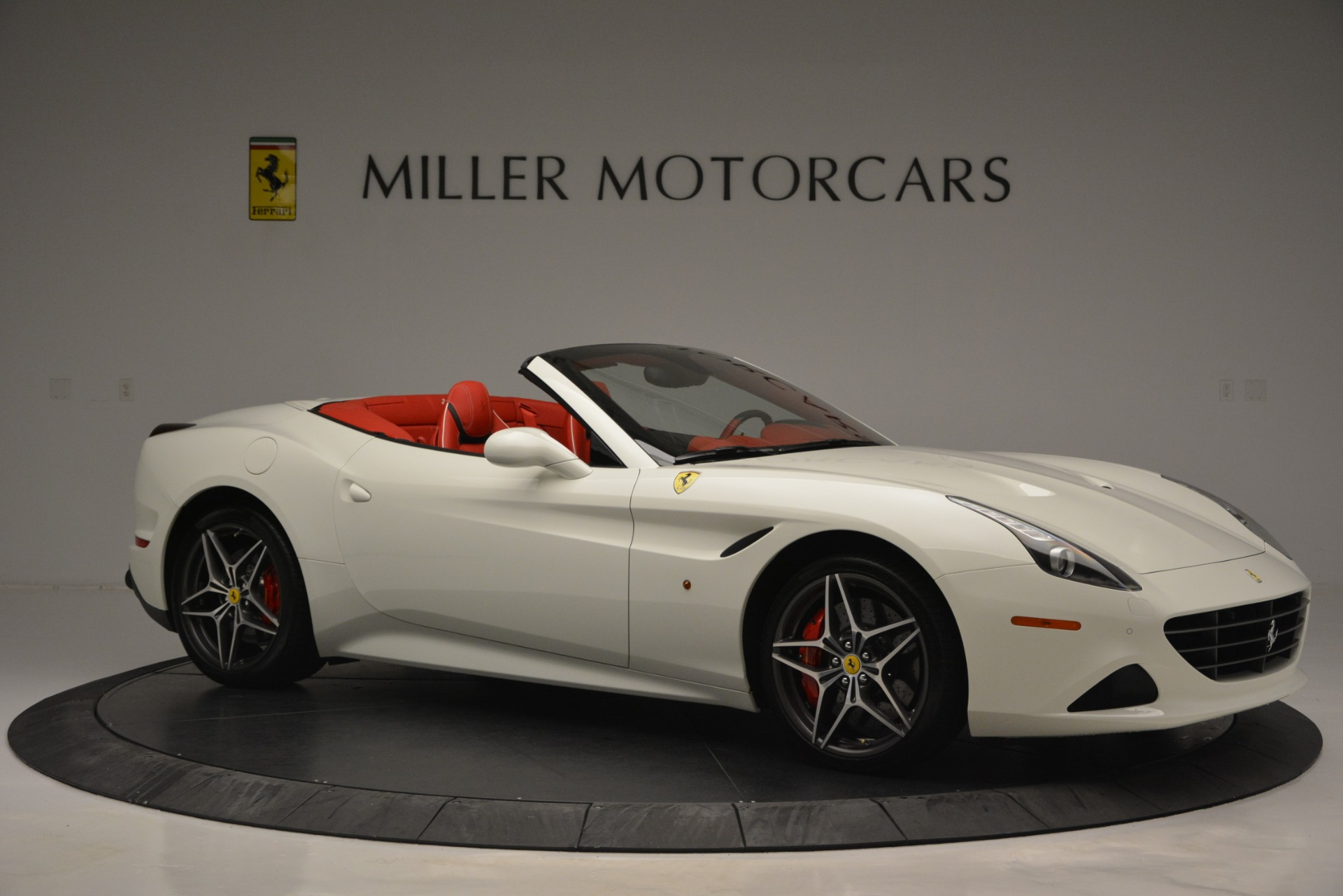 Used 2017 Ferrari California T Handling Speciale For Sale In Greenwich, CT. Alfa Romeo of Greenwich, F1936A 2881_p10