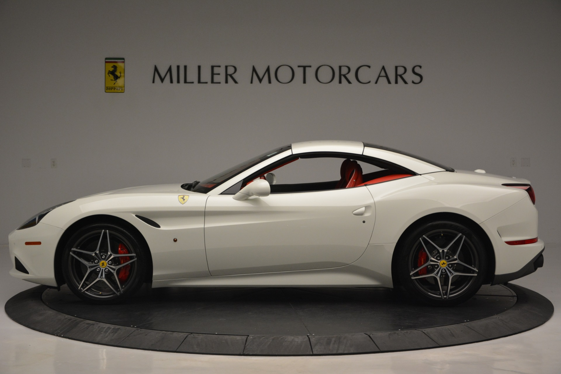 Used 2017 Ferrari California T Handling Speciale For Sale In Greenwich, CT. Alfa Romeo of Greenwich, F1936A 2881_p15