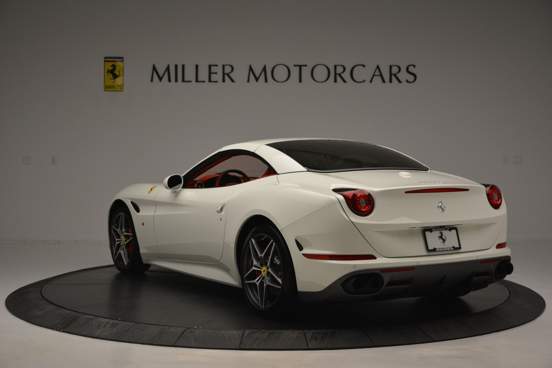 Used 2017 Ferrari California T Handling Speciale For Sale In Greenwich, CT. Alfa Romeo of Greenwich, F1936A 2881_p17