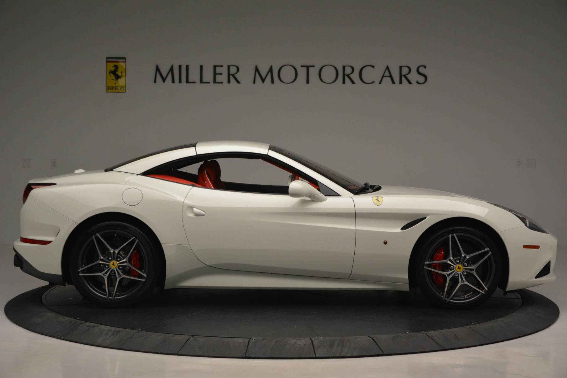 Used 2017 Ferrari California T Handling Speciale For Sale In Greenwich, CT. Alfa Romeo of Greenwich, F1936A 2881_p21