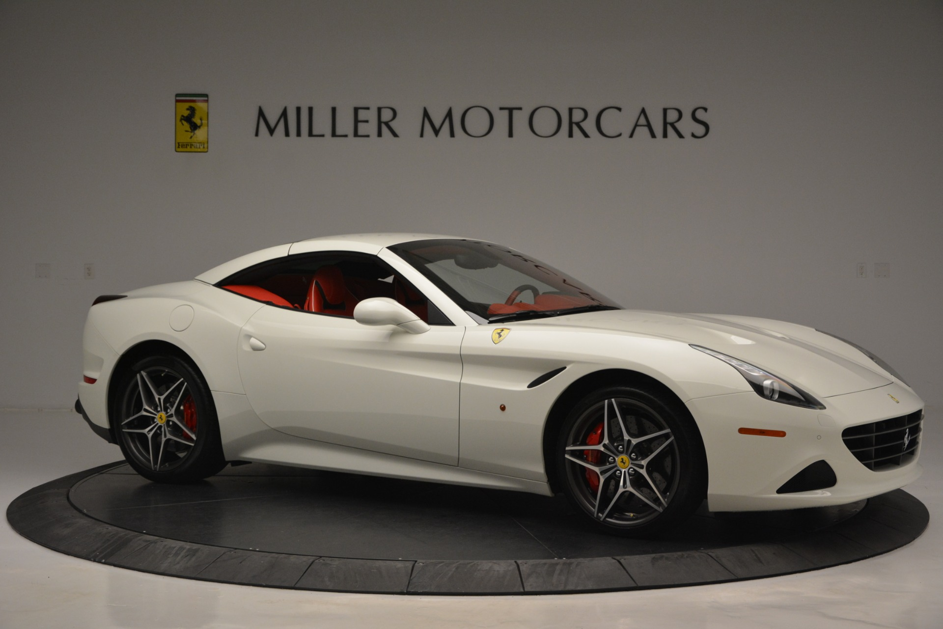 Used 2017 Ferrari California T Handling Speciale For Sale In Greenwich, CT. Alfa Romeo of Greenwich, F1936A 2881_p22