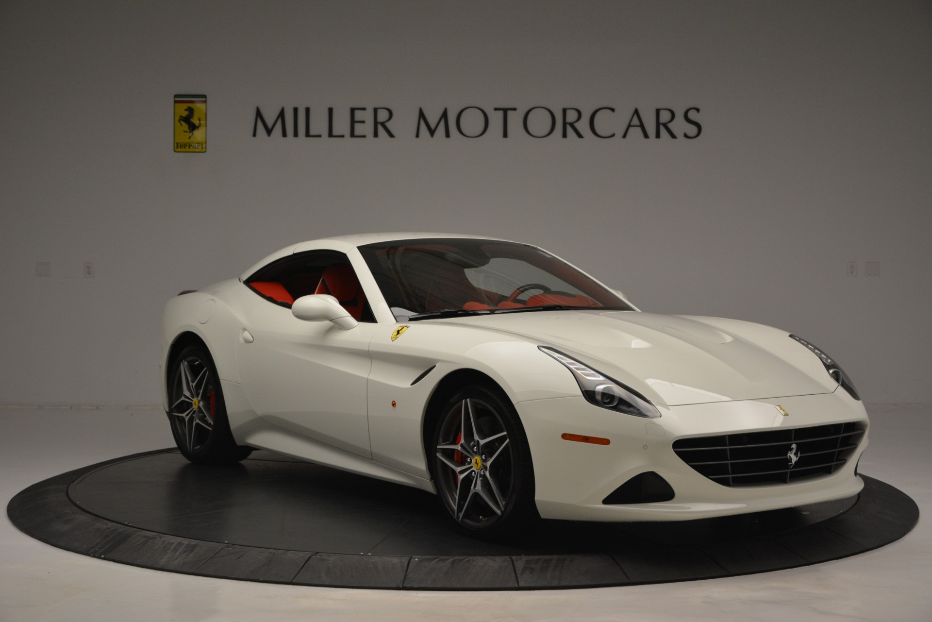 Used 2017 Ferrari California T Handling Speciale For Sale In Greenwich, CT. Alfa Romeo of Greenwich, F1936A 2881_p23