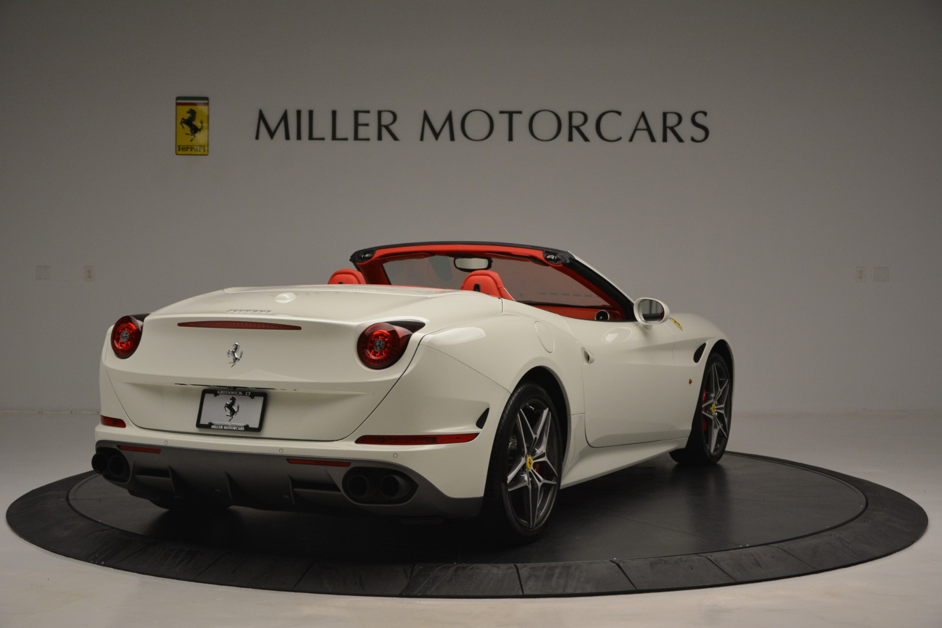 Used 2017 Ferrari California T Handling Speciale For Sale In Greenwich, CT. Alfa Romeo of Greenwich, F1936A 2881_p7
