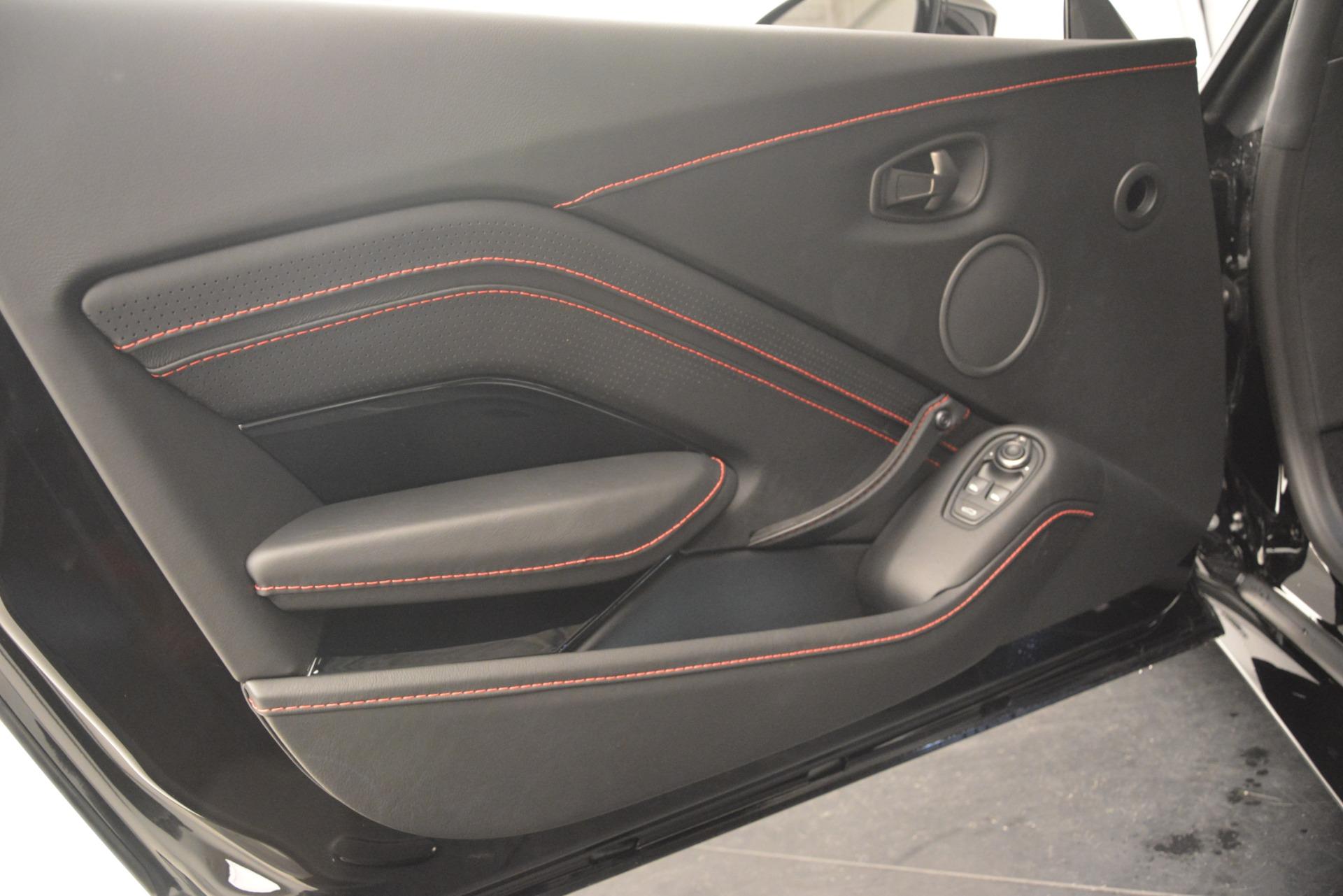 New 2019 Aston Martin Vantage  For Sale In Greenwich, CT. Alfa Romeo of Greenwich, A1337 2886_p17
