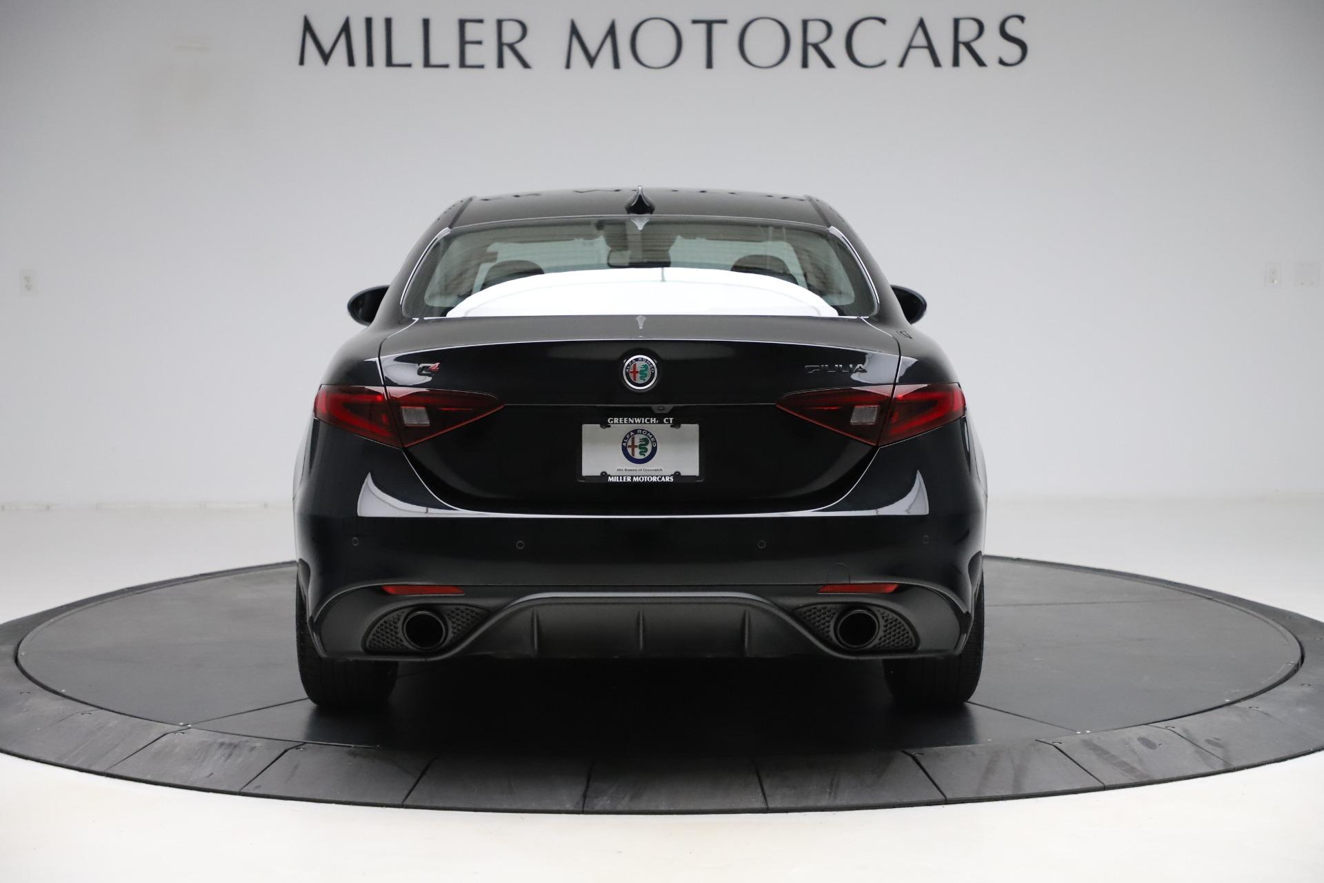 New 2019 Alfa Romeo Giulia Sport Q4 For Sale In Greenwich, CT. Alfa Romeo of Greenwich, L561 2890_p6