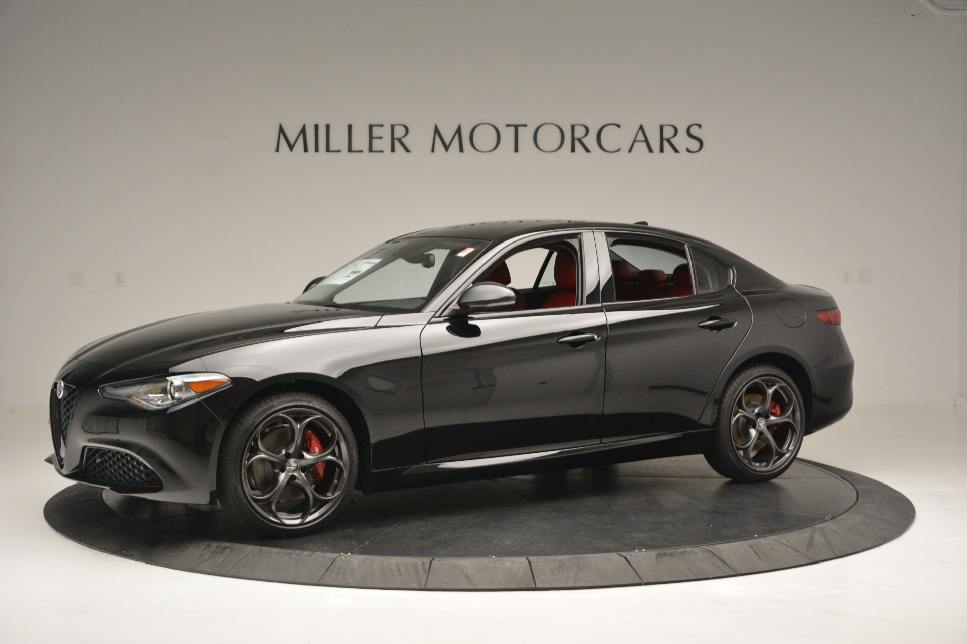 New 2019 Alfa Romeo Giulia Q4 For Sale In Greenwich, CT. Alfa Romeo of Greenwich, L563 2892_p2