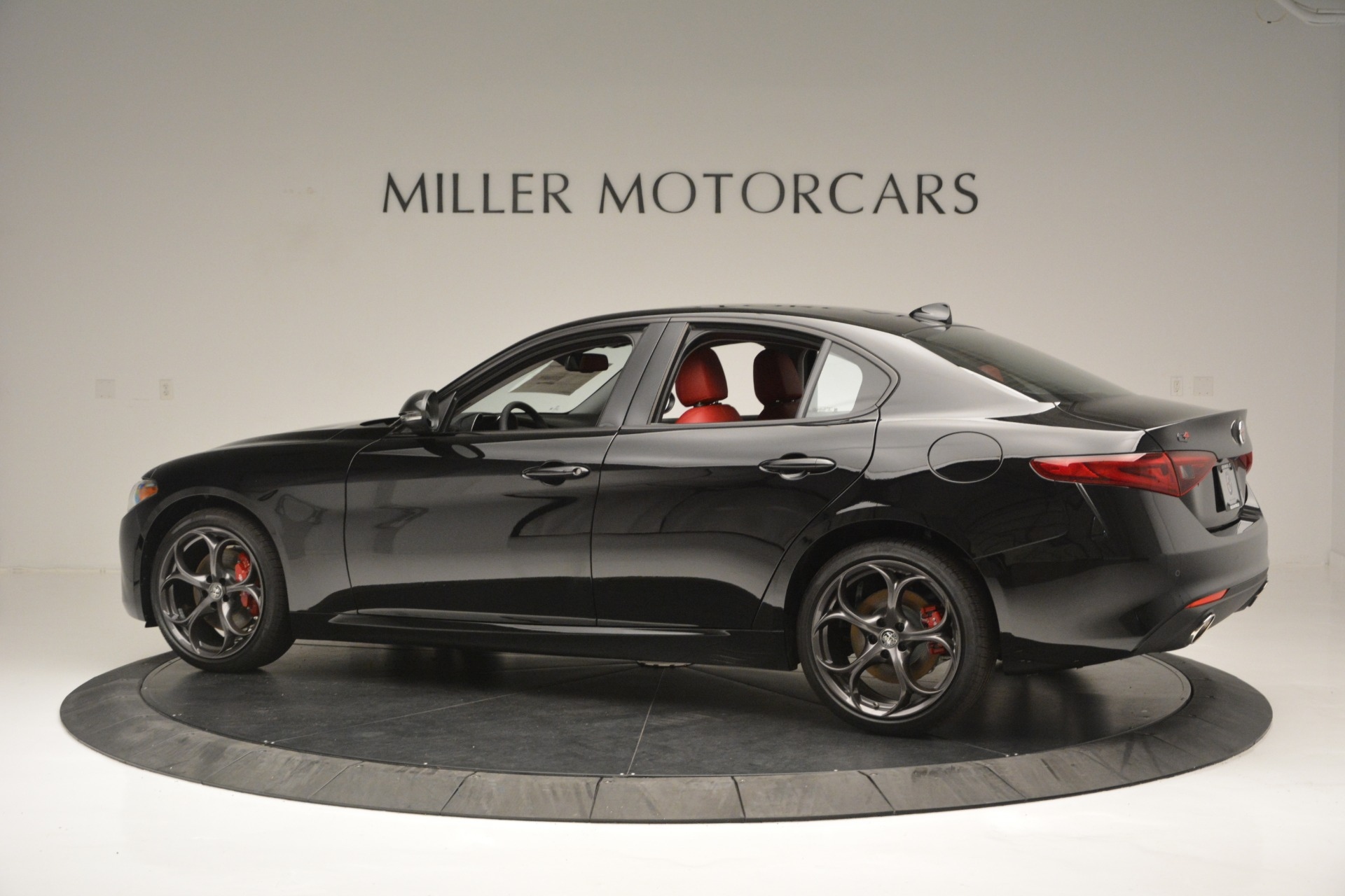 New 2019 Alfa Romeo Giulia Q4 For Sale In Greenwich, CT. Alfa Romeo of Greenwich, L563 2892_p4