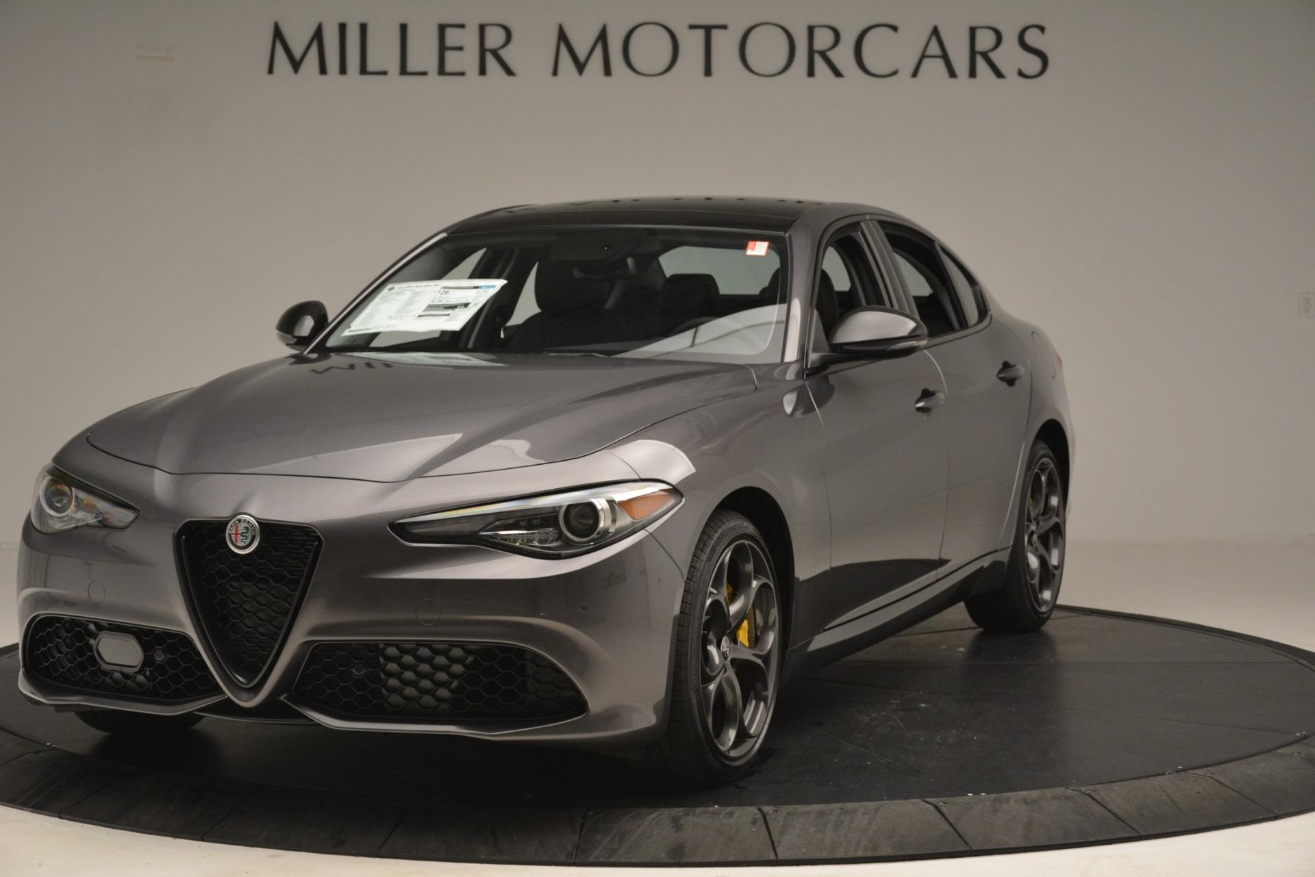 New 2019 Alfa Romeo Giulia Sport Q4 For Sale In Greenwich, CT. Alfa Romeo of Greenwich, L564 2893_main