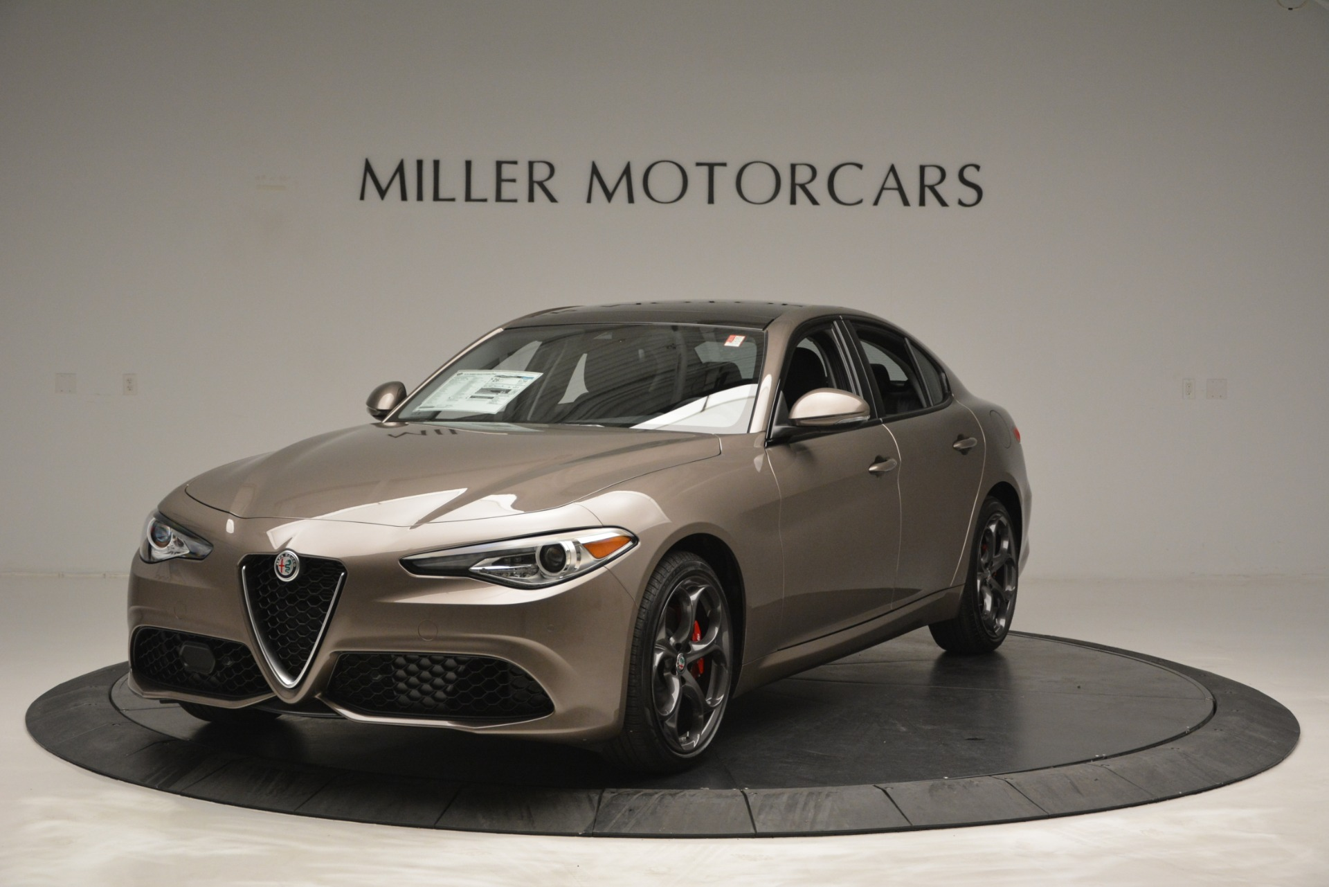 New 2019 Alfa Romeo Giulia Ti Sport Q4 For Sale In Greenwich, CT. Alfa Romeo of Greenwich, L565 2894_main
