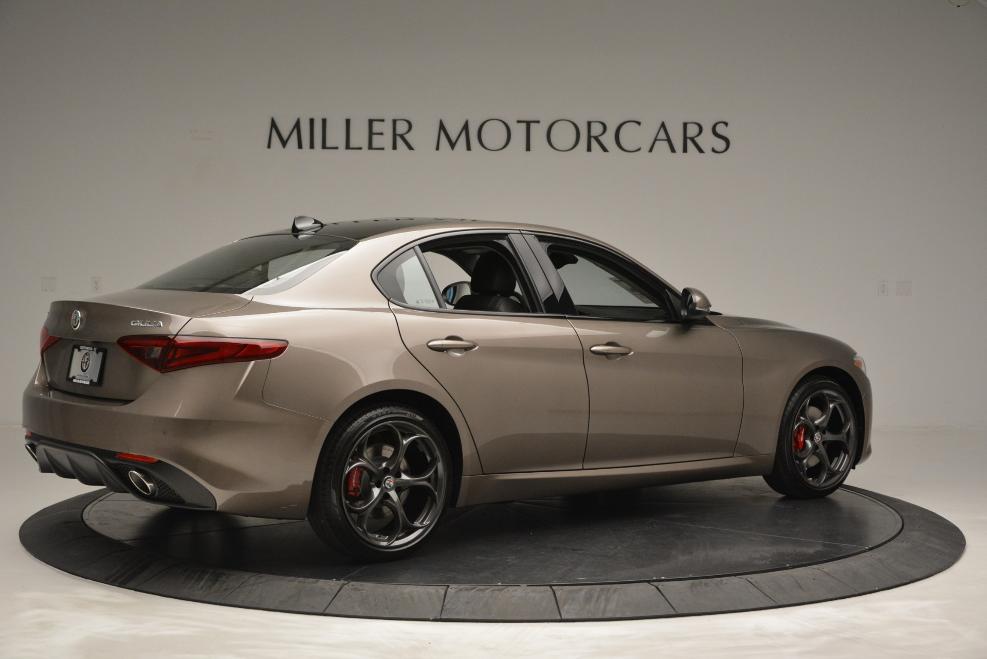 New 2019 Alfa Romeo Giulia Ti Sport Q4 For Sale In Greenwich, CT. Alfa Romeo of Greenwich, L565 2894_p10
