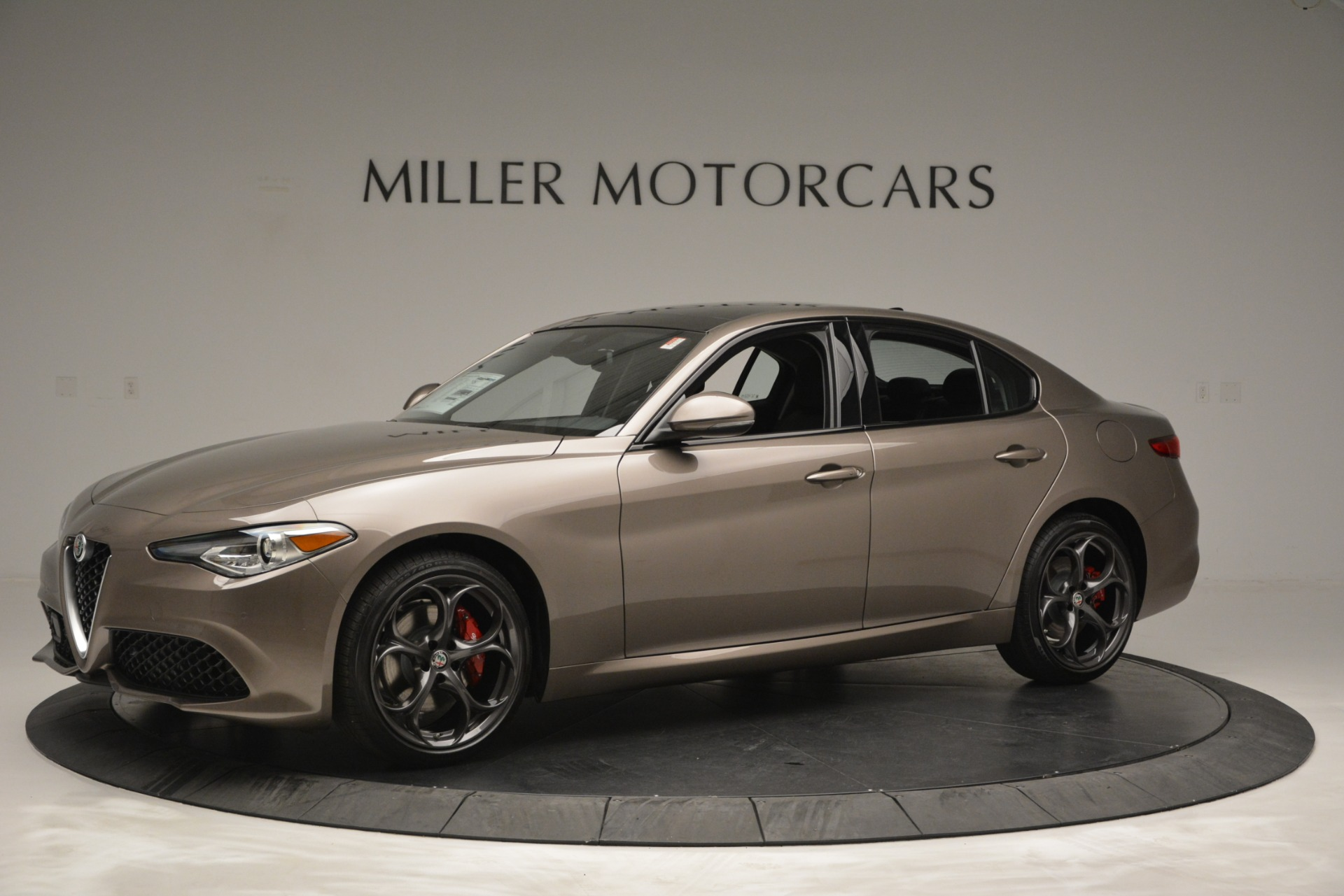 New 2019 Alfa Romeo Giulia Ti Sport Q4 For Sale In Greenwich, CT. Alfa Romeo of Greenwich, L565 2894_p2