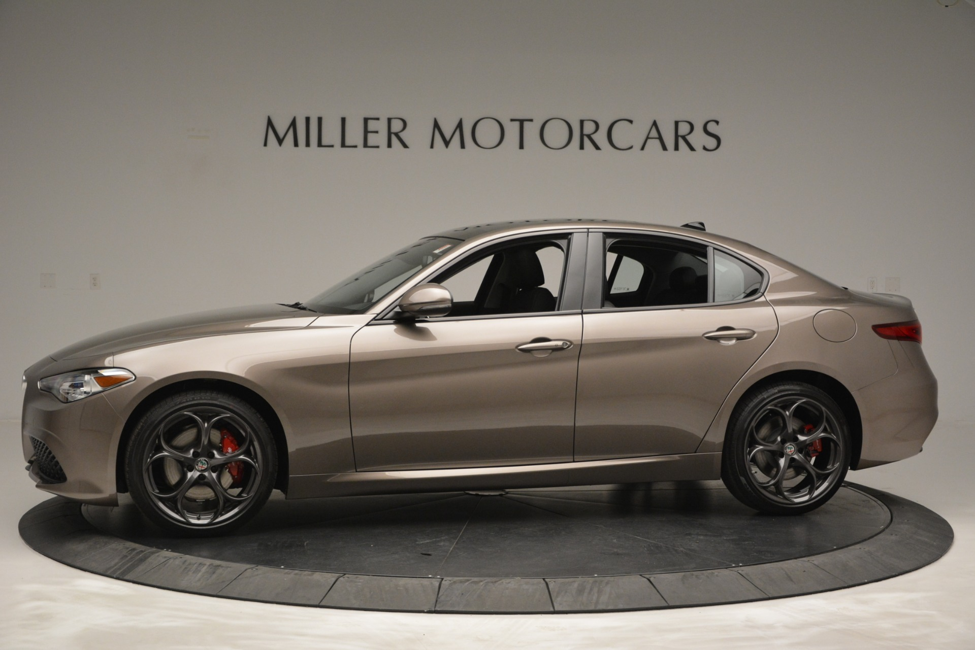 New 2019 Alfa Romeo Giulia Ti Sport Q4 For Sale In Greenwich, CT. Alfa Romeo of Greenwich, L565 2894_p3