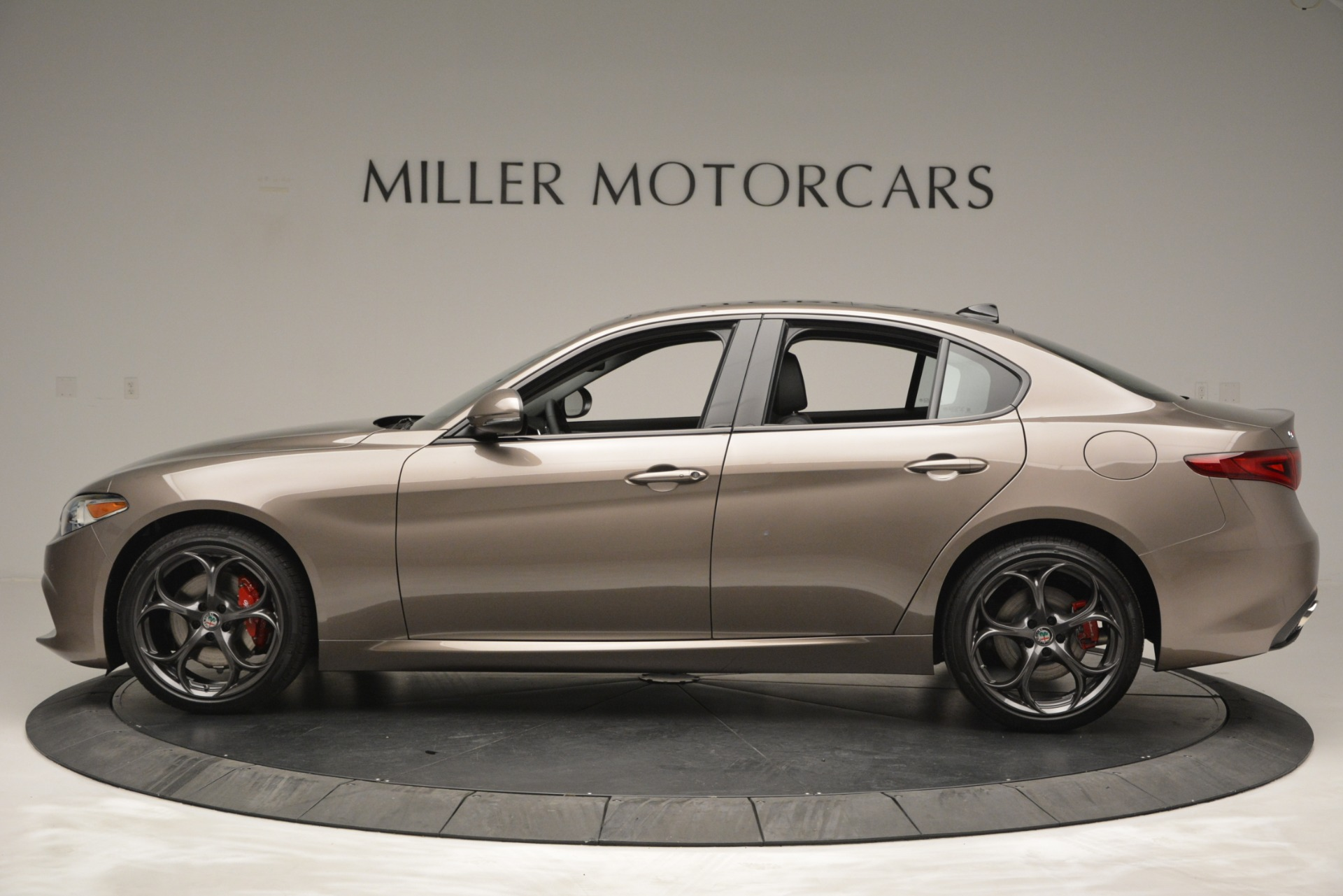 New 2019 Alfa Romeo Giulia Ti Sport Q4 For Sale In Greenwich, CT. Alfa Romeo of Greenwich, L565 2894_p4