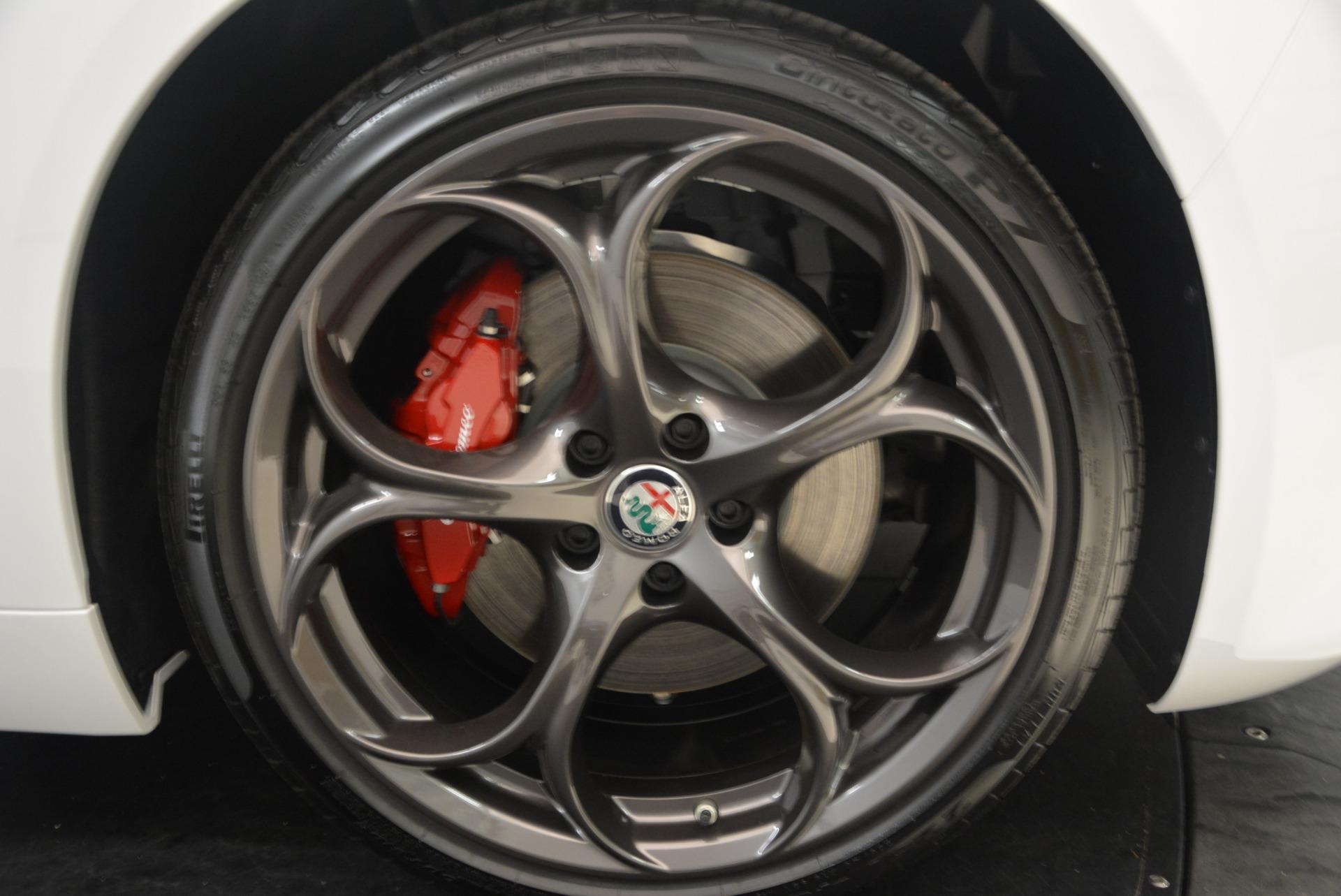 New 2019 Alfa Romeo Giulia Ti Sport Q4 For Sale In Greenwich, CT. Alfa Romeo of Greenwich, L568 2897_p25
