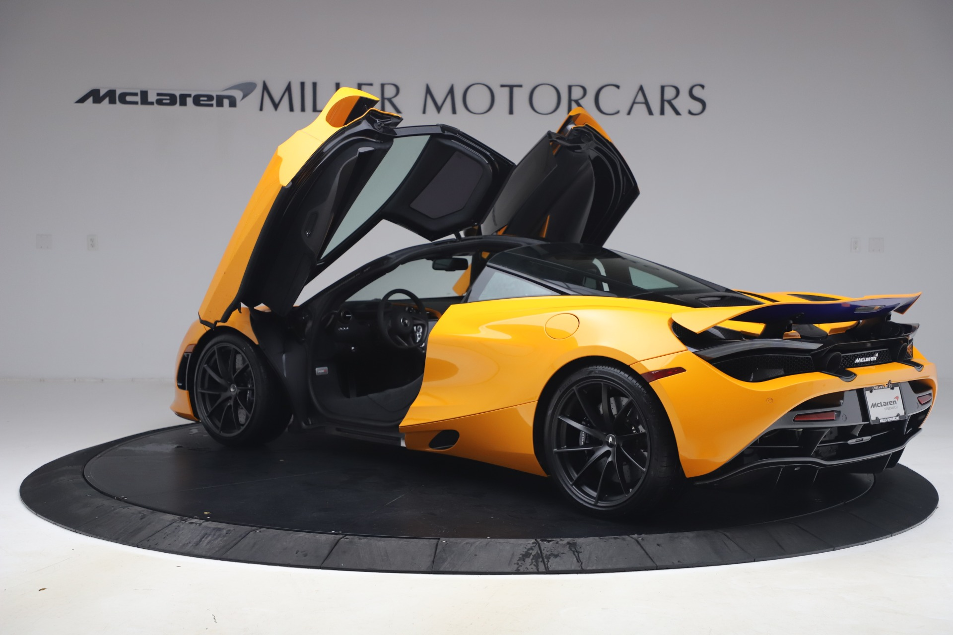 New 2019 McLaren 720S Coupe For Sale In Greenwich, CT. Alfa Romeo of Greenwich, MC402 2900_p12