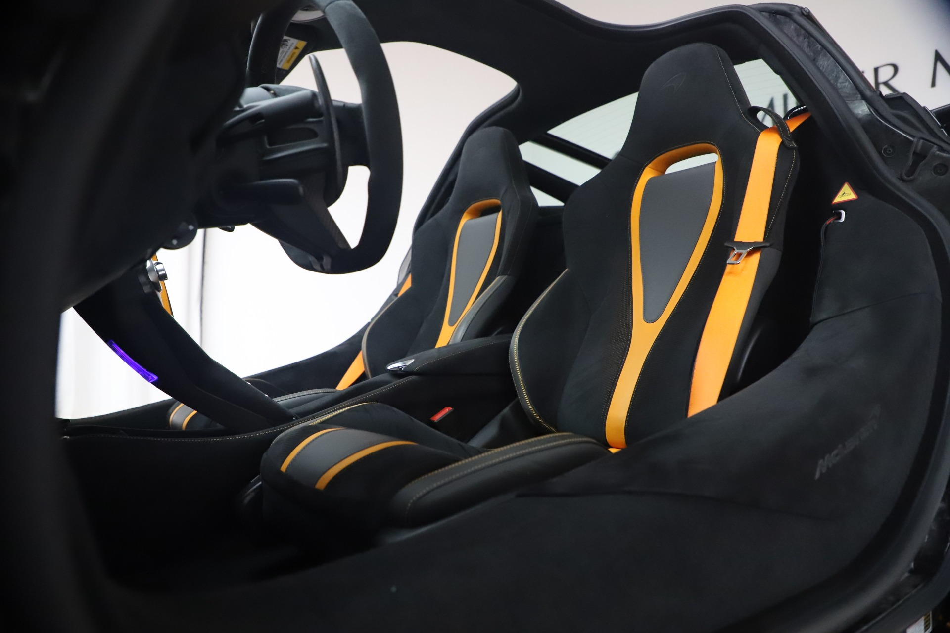 New 2019 McLaren 720S Coupe For Sale In Greenwich, CT. Alfa Romeo of Greenwich, MC402 2900_p17