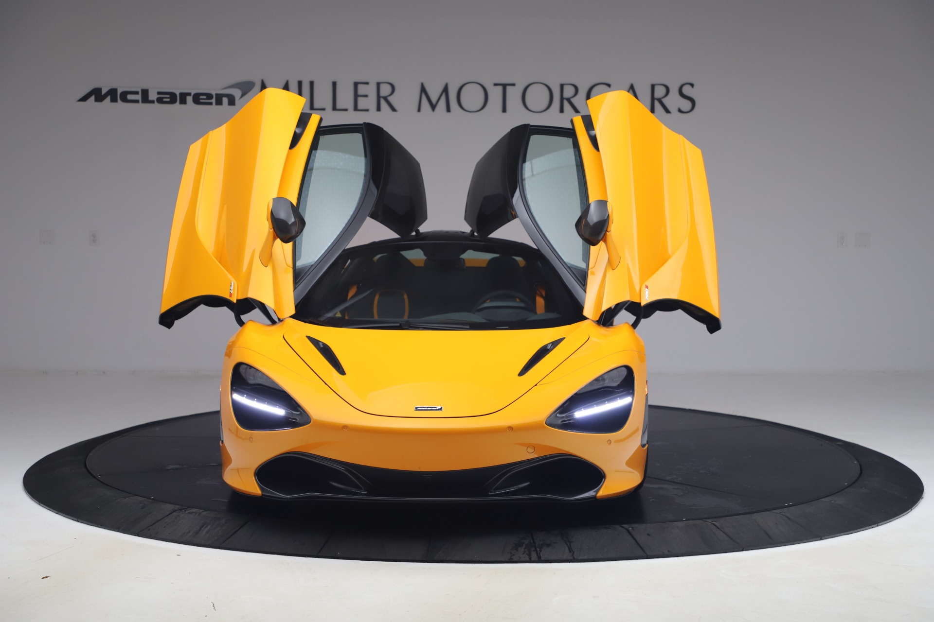 New 2019 McLaren 720S Coupe For Sale In Greenwich, CT. Alfa Romeo of Greenwich, MC402 2900_p9