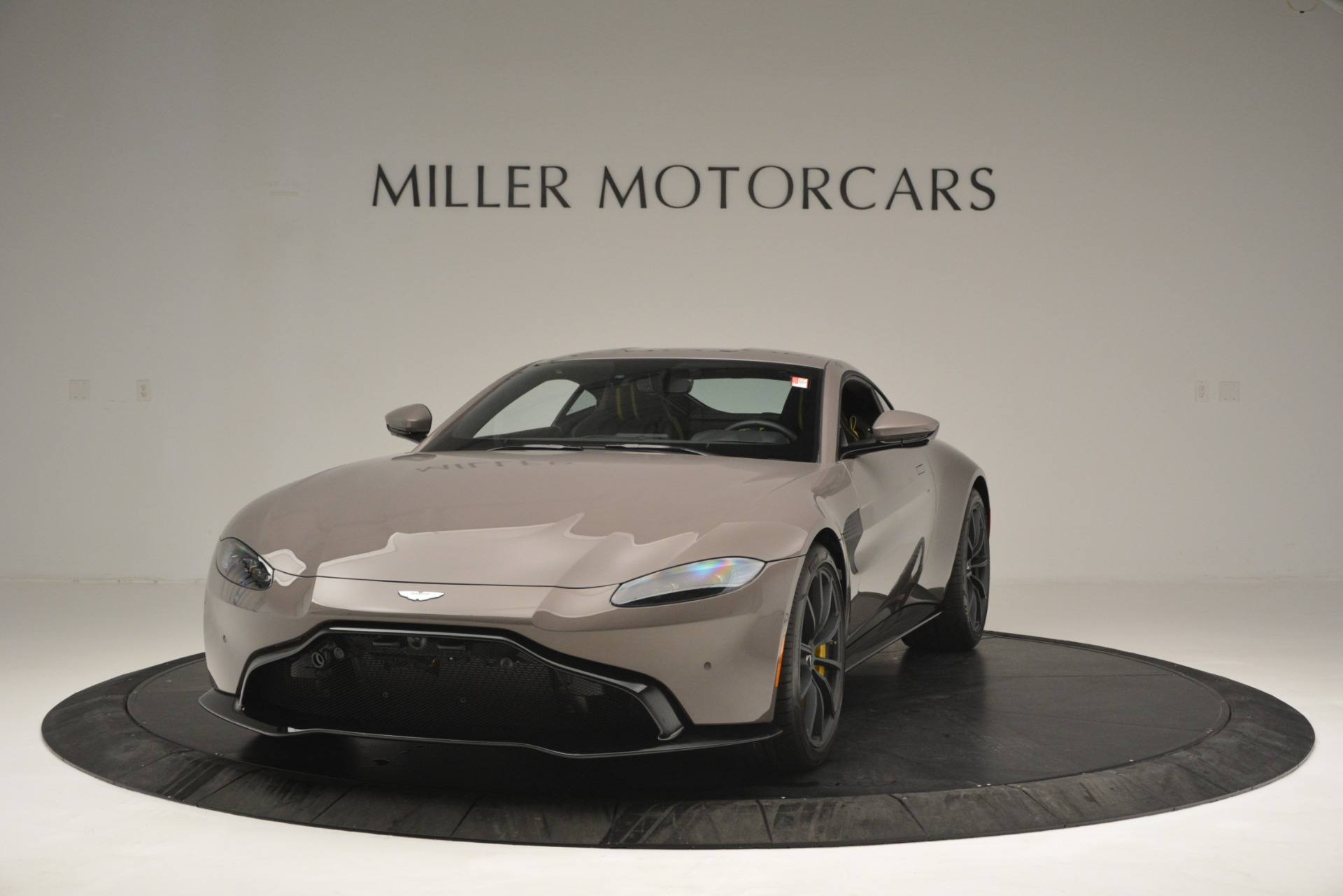 New 2019 Aston Martin Vantage Coupe For Sale $198696 In Greenwich, CT 2901_p2