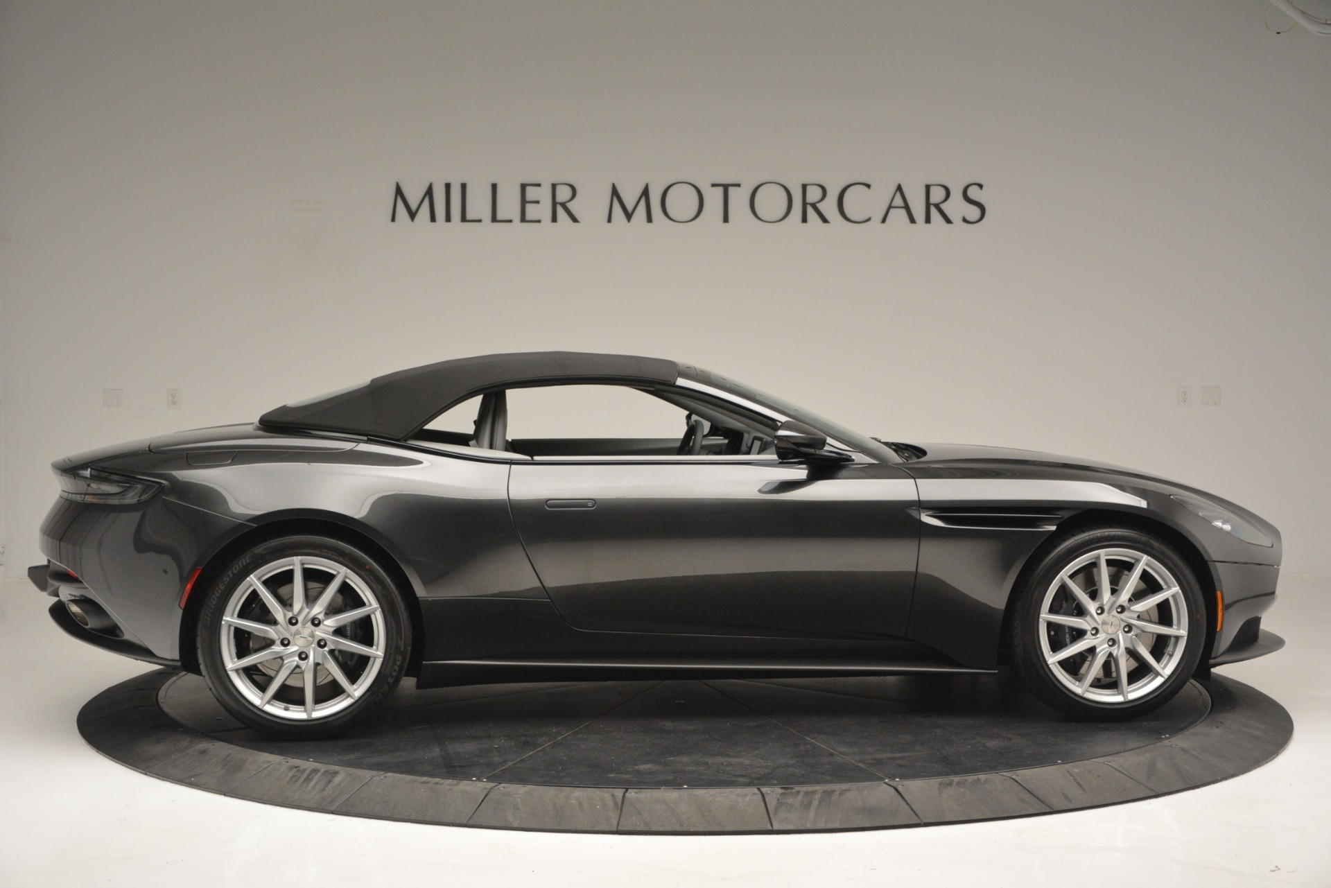 New 2019 Aston Martin DB11 V8 Convertible For Sale In Greenwich, CT. Alfa Romeo of Greenwich, A1329 2902_p16