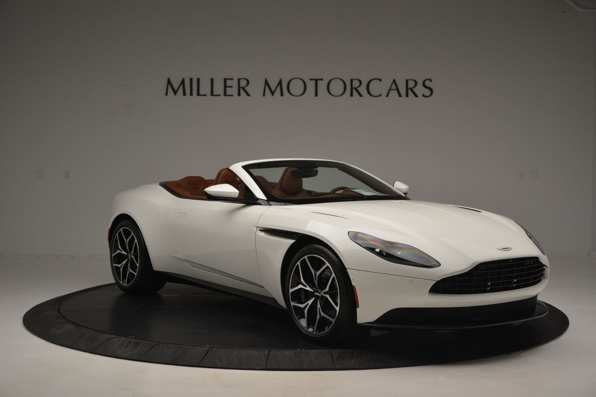 New 2019 Aston Martin DB11 V8 Convertible For Sale In Greenwich, CT. Alfa Romeo of Greenwich, A1334 2903_p11