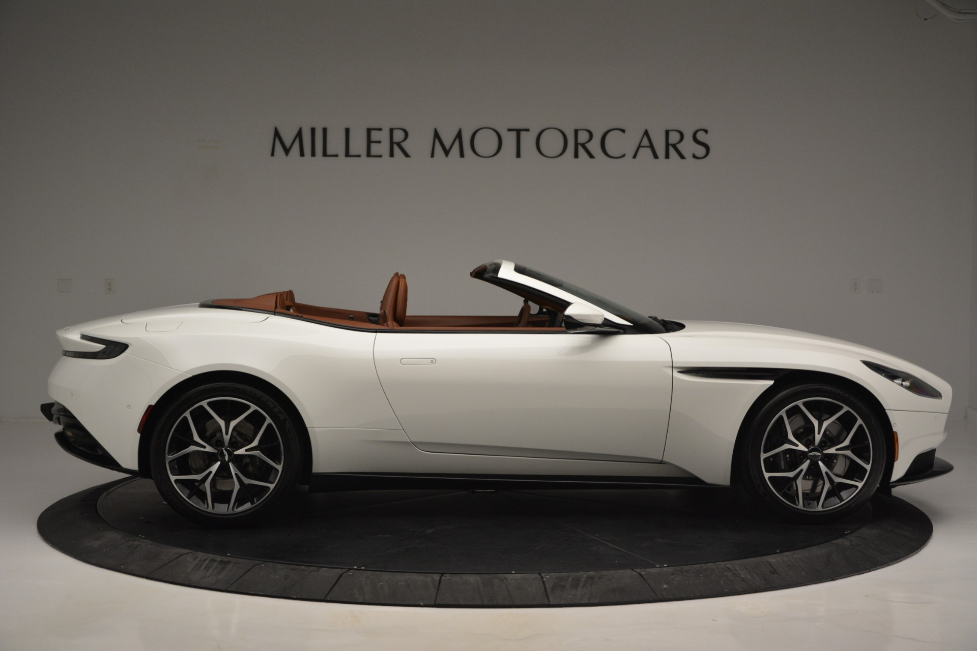 New 2019 Aston Martin DB11 V8 Convertible For Sale In Greenwich, CT. Alfa Romeo of Greenwich, A1334 2903_p9