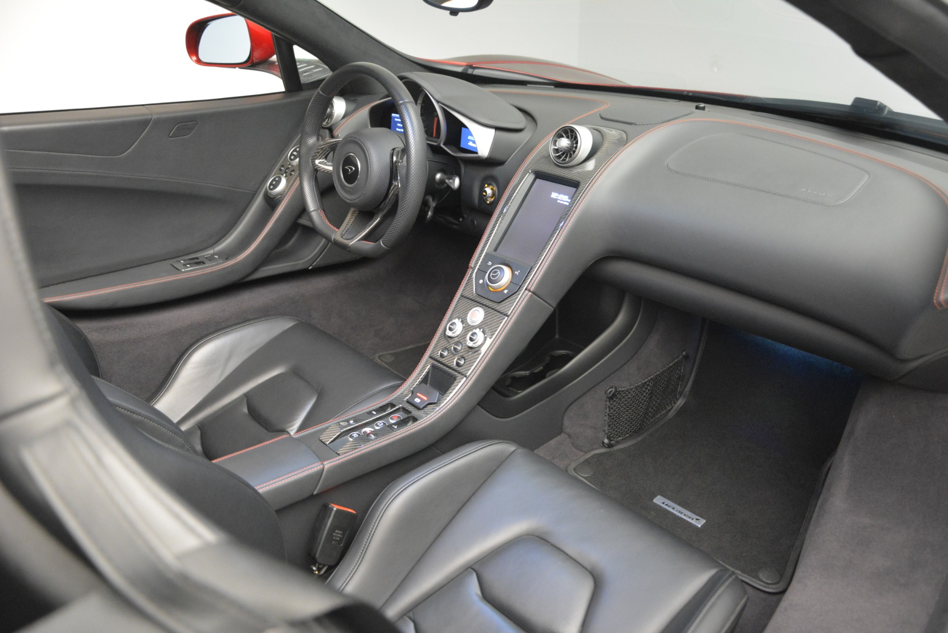 Used 2015 McLaren 650S Spider For Sale In Greenwich, CT. Alfa Romeo of Greenwich, 3152C 2904_p27