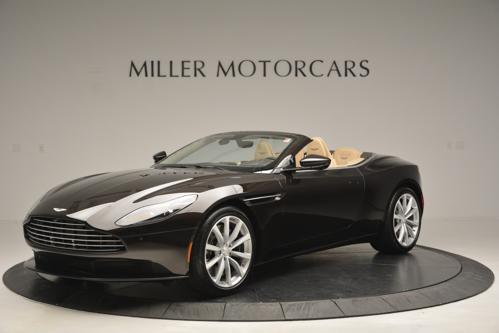 New 2019 Aston Martin DB11 V8 Convertible For Sale In Greenwich, CT. Alfa Romeo of Greenwich, A1338