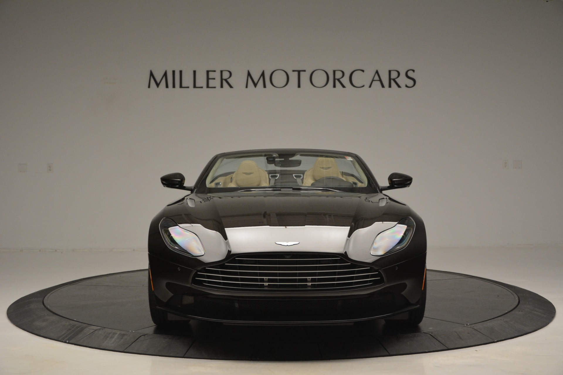New 2019 Aston Martin DB11 V8 Convertible For Sale In Greenwich, CT. Alfa Romeo of Greenwich, A1338 2905_p12