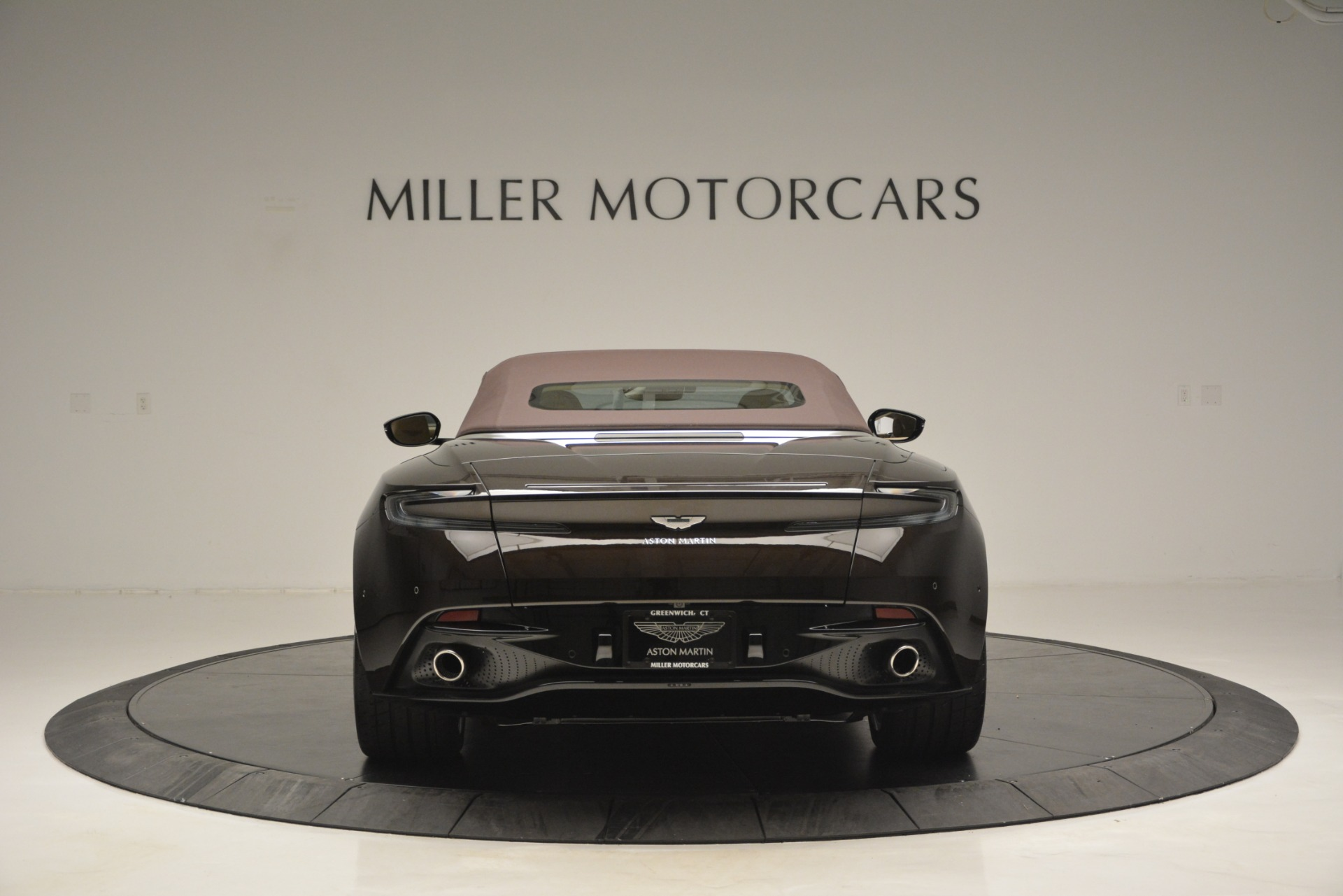 New 2019 Aston Martin DB11 V8 Convertible For Sale In Greenwich, CT. Alfa Romeo of Greenwich, A1338 2905_p18