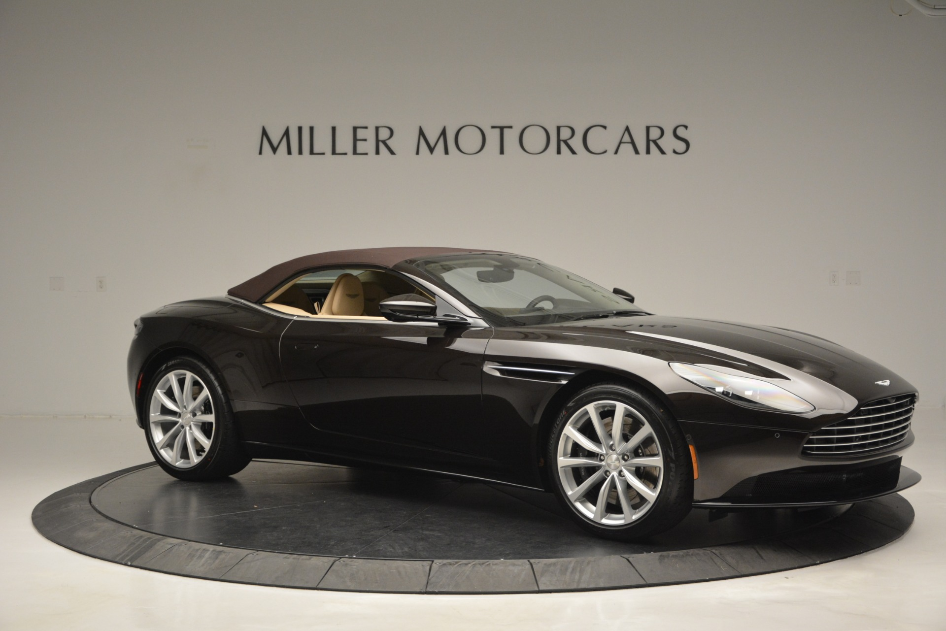 New 2019 Aston Martin DB11 V8 Convertible For Sale In Greenwich, CT. Alfa Romeo of Greenwich, A1338 2905_p22