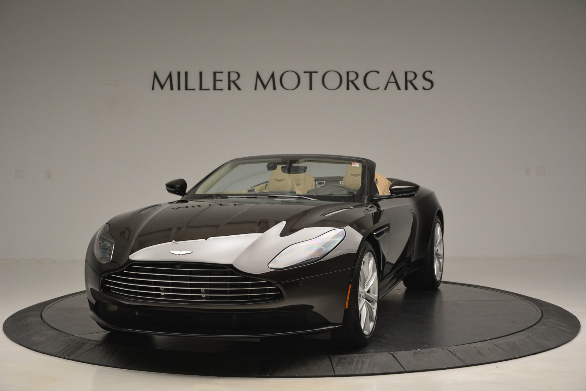 New 2019 Aston Martin DB11 V8 Convertible For Sale In Greenwich, CT. Alfa Romeo of Greenwich, A1338 2905_p2