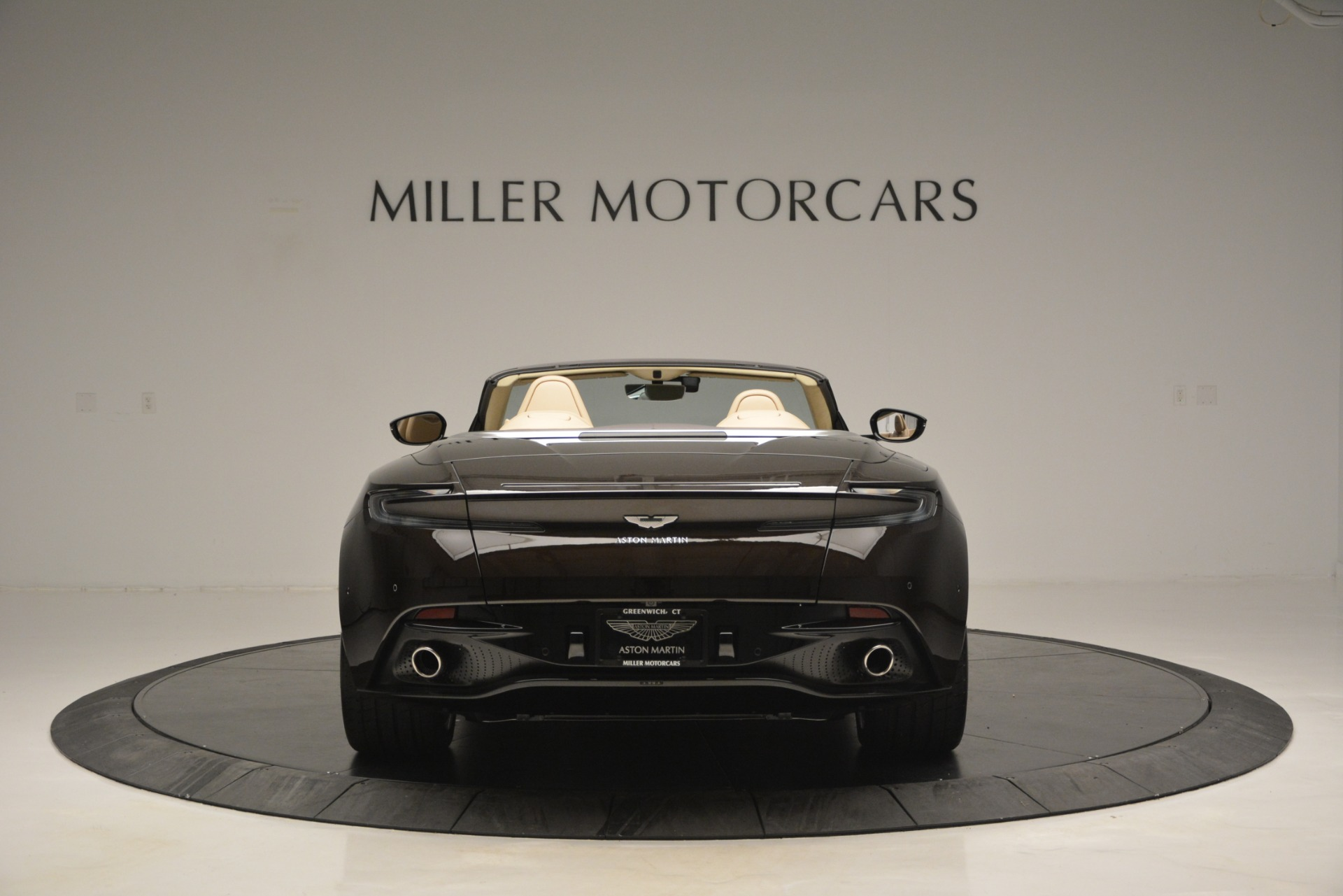 New 2019 Aston Martin DB11 V8 Convertible For Sale In Greenwich, CT. Alfa Romeo of Greenwich, A1338 2905_p6