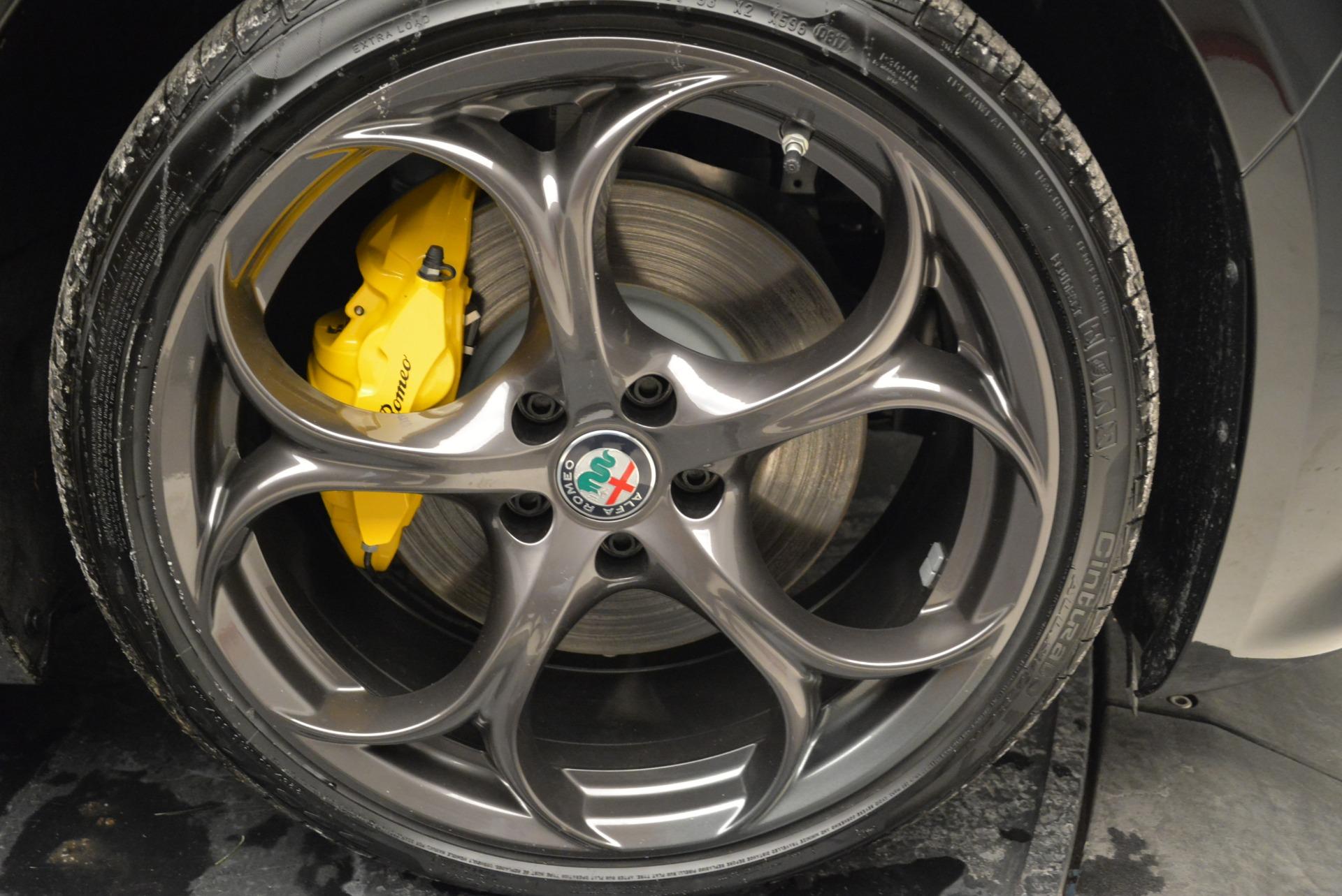 New 2019 Alfa Romeo Giulia Ti Sport Q4 For Sale In Greenwich, CT. Alfa Romeo of Greenwich, L573 2912_p25