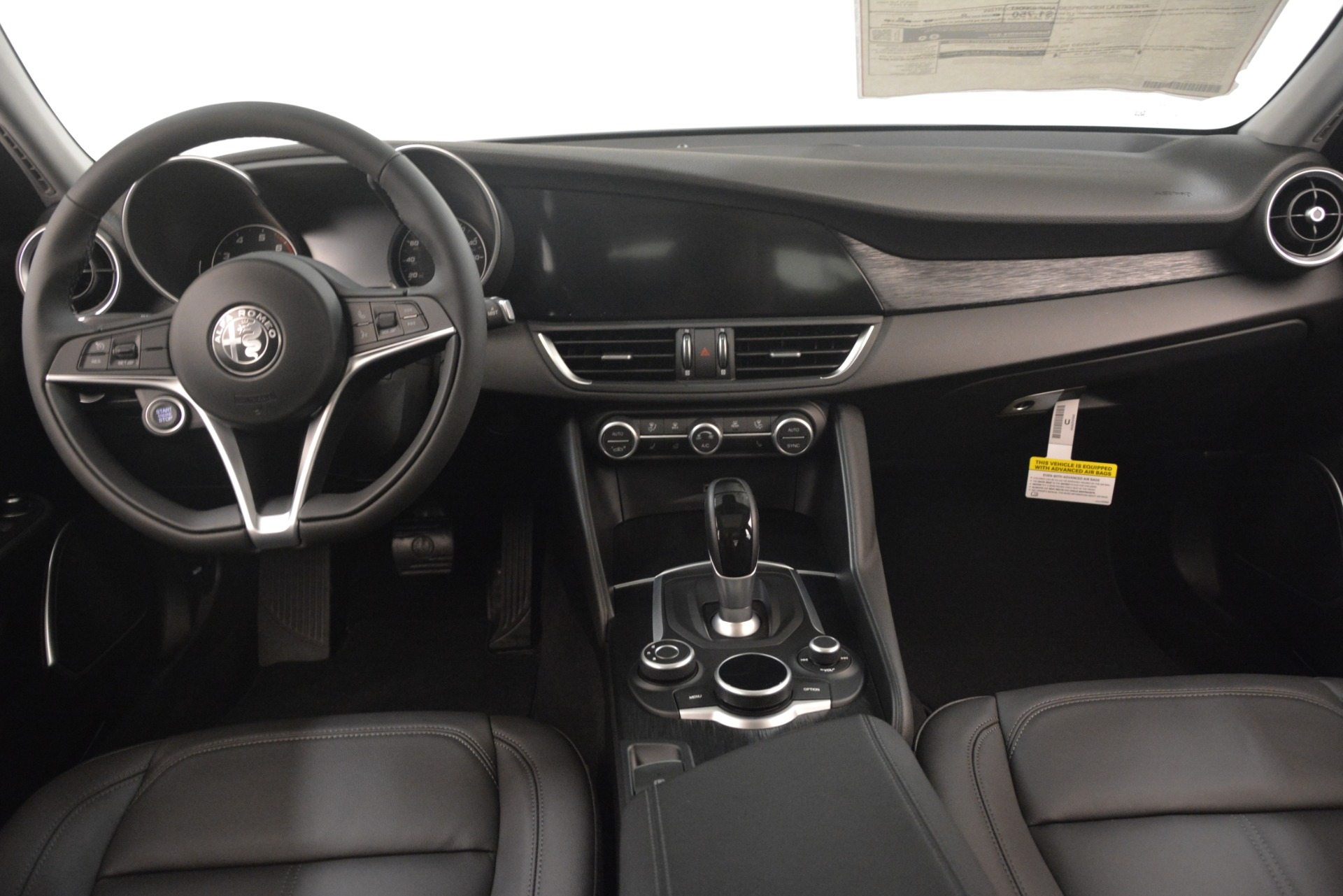 New 2019 Alfa Romeo Giulia Ti Sport Q4 For Sale In Greenwich, CT. Alfa Romeo of Greenwich, L574 2913_p16