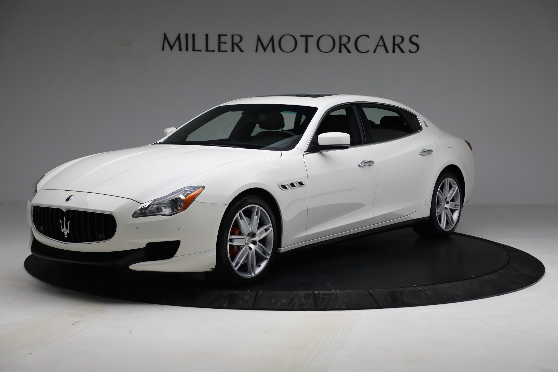 Used 2015 Maserati Quattroporte S Q4 For Sale In Greenwich, CT. Alfa Romeo of Greenwich, 7469 2915_main