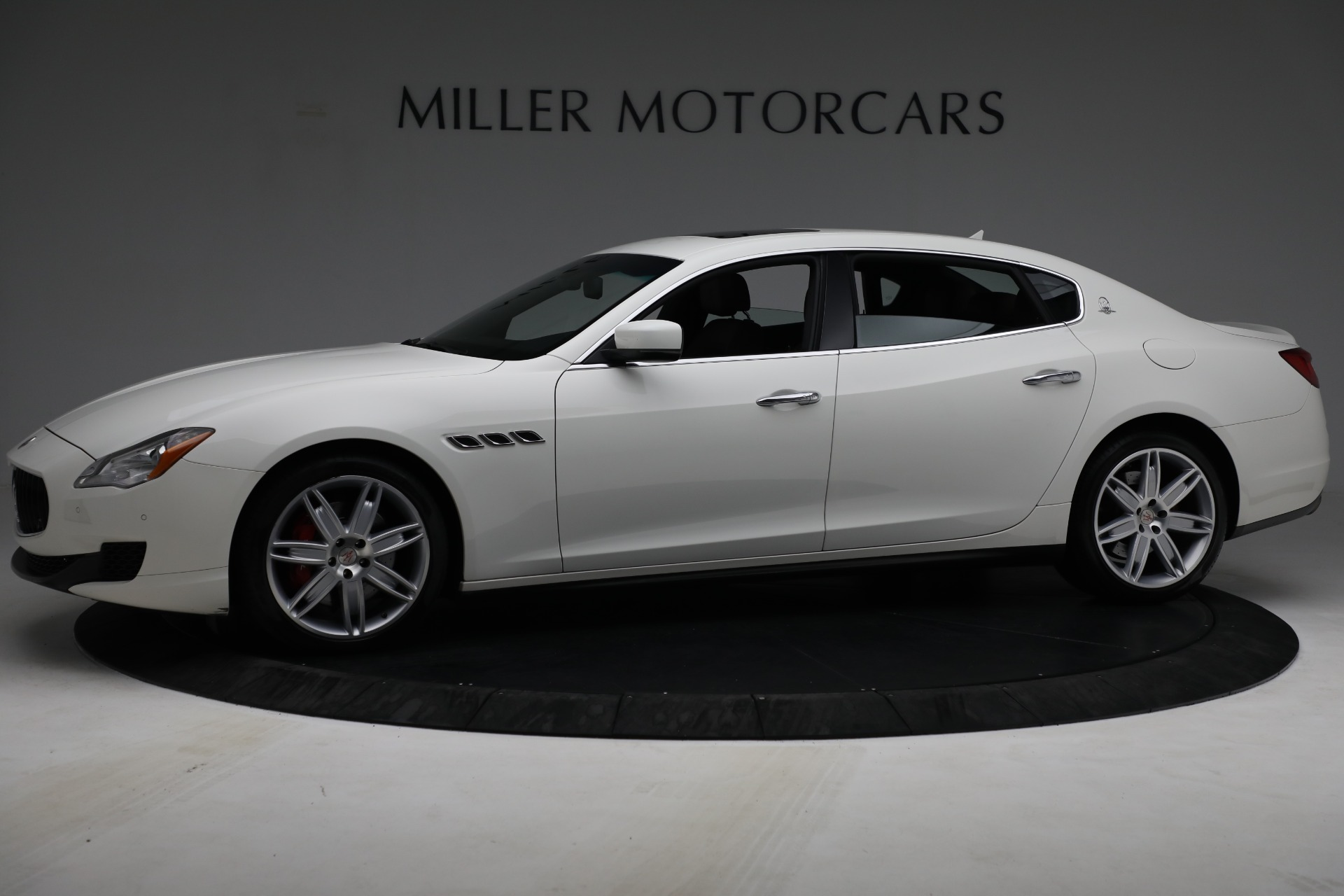 Used 2015 Maserati Quattroporte S Q4 For Sale In Greenwich, CT. Alfa Romeo of Greenwich, 7469 2915_p2