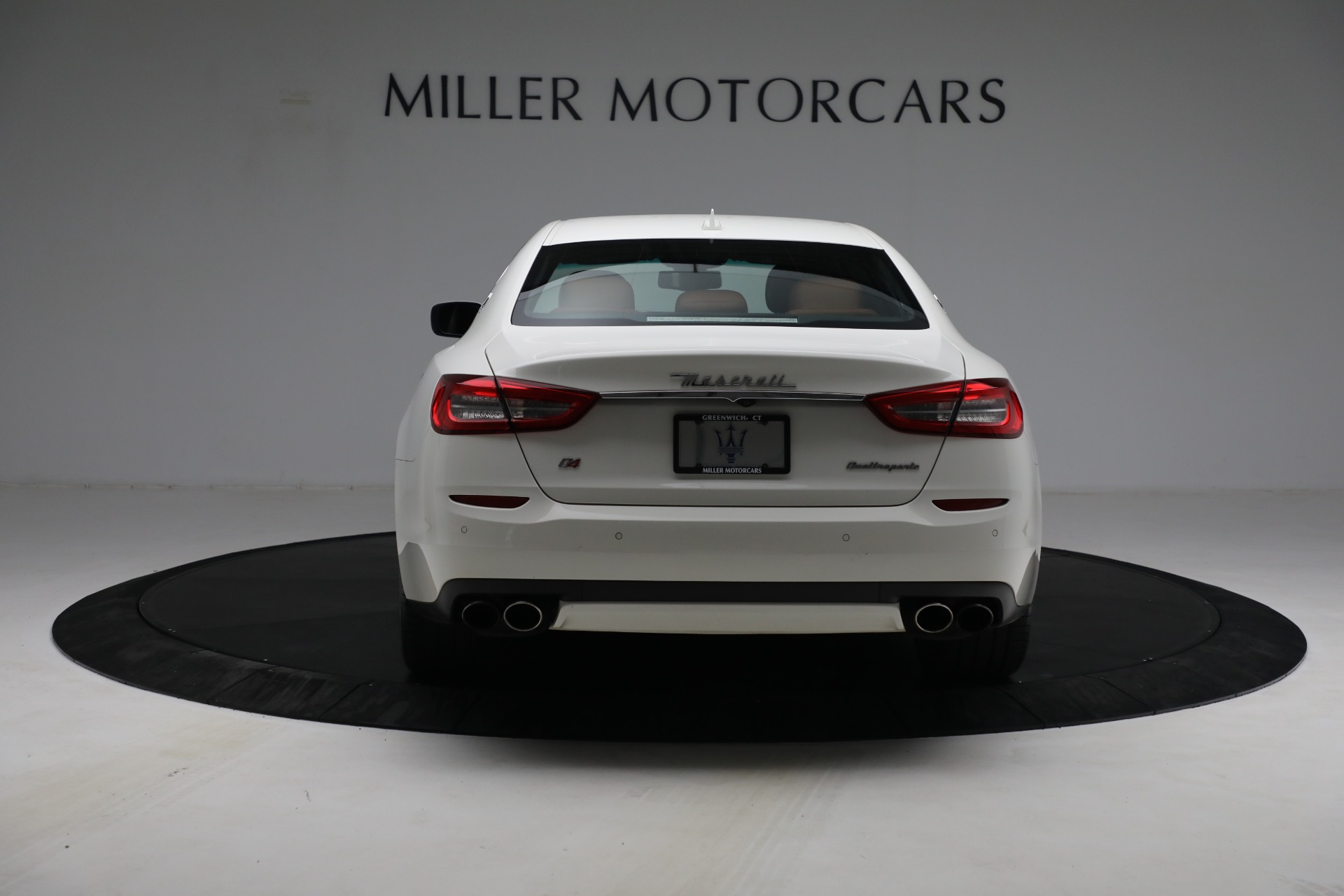 Used 2015 Maserati Quattroporte S Q4 For Sale In Greenwich, CT. Alfa Romeo of Greenwich, 7469 2915_p6