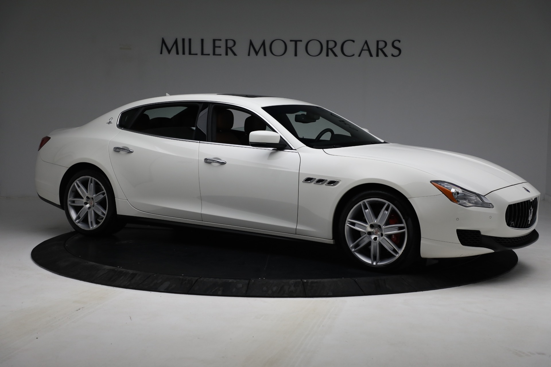 Used 2015 Maserati Quattroporte S Q4 For Sale In Greenwich, CT. Alfa Romeo of Greenwich, 7469 2915_p9