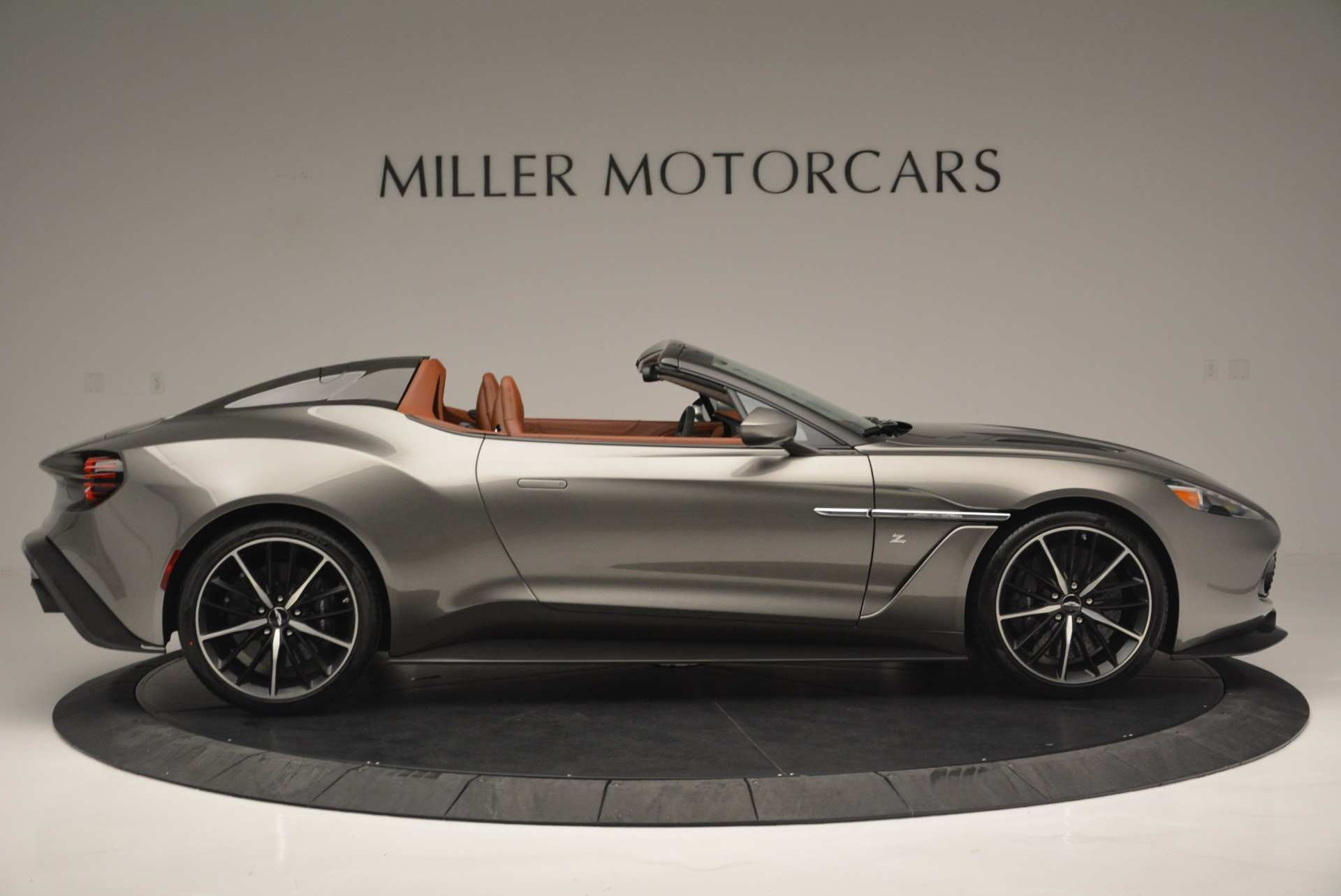Used 2018 Aston Martin Zagato Speedster Convertible For Sale In Greenwich, CT. Alfa Romeo of Greenwich, 7466C 2916_p9