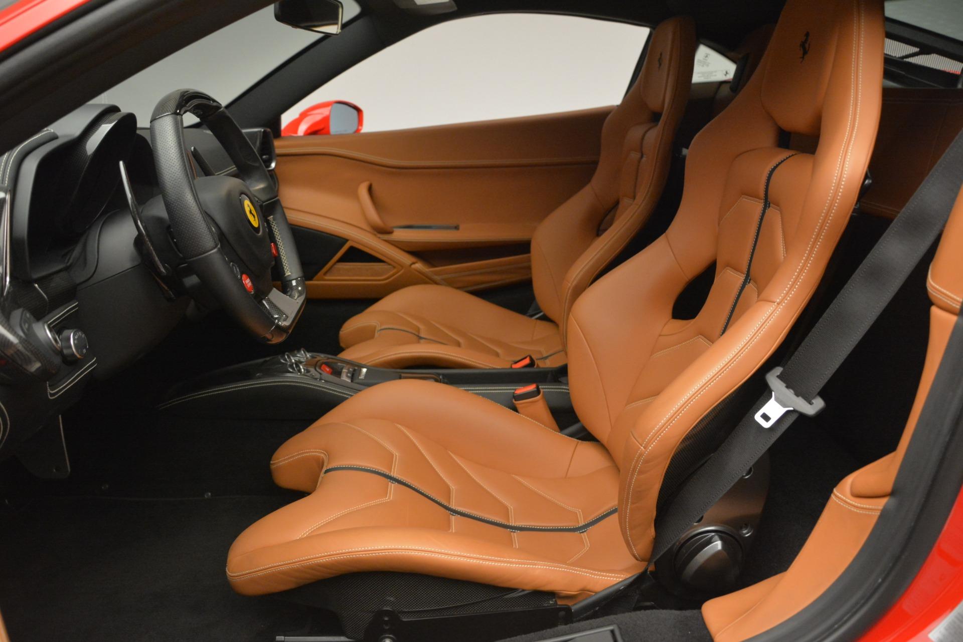 Used 2014 Ferrari 458 Italia  For Sale In Greenwich, CT. Alfa Romeo of Greenwich, 4530 2920_p14