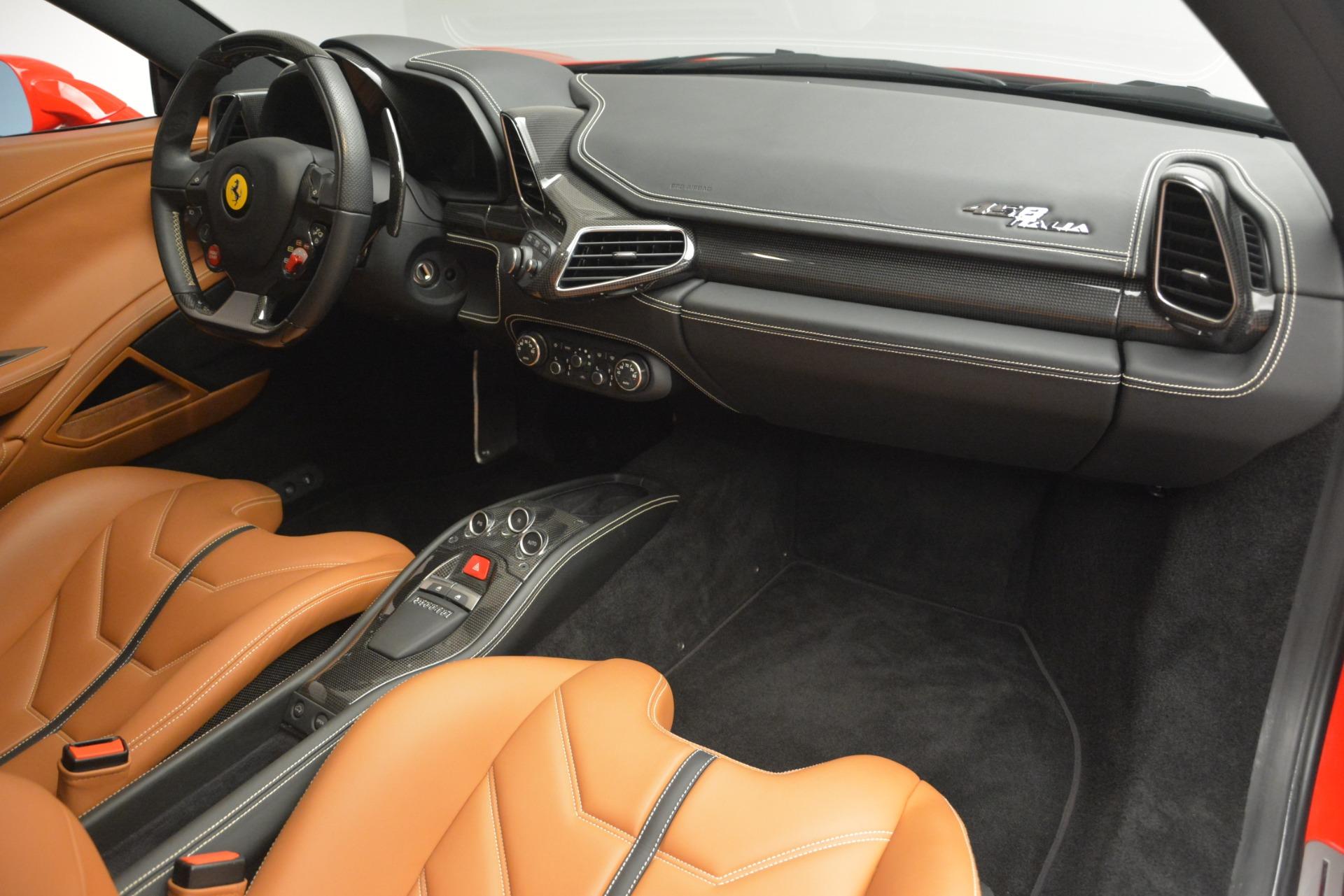 Used 2014 Ferrari 458 Italia  For Sale In Greenwich, CT. Alfa Romeo of Greenwich, 4530 2920_p17