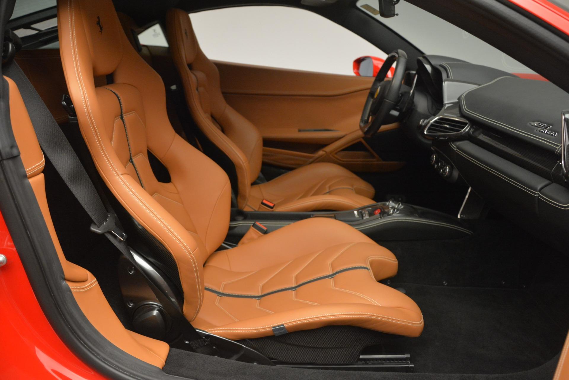 Used 2014 Ferrari 458 Italia  For Sale In Greenwich, CT. Alfa Romeo of Greenwich, 4530 2920_p18