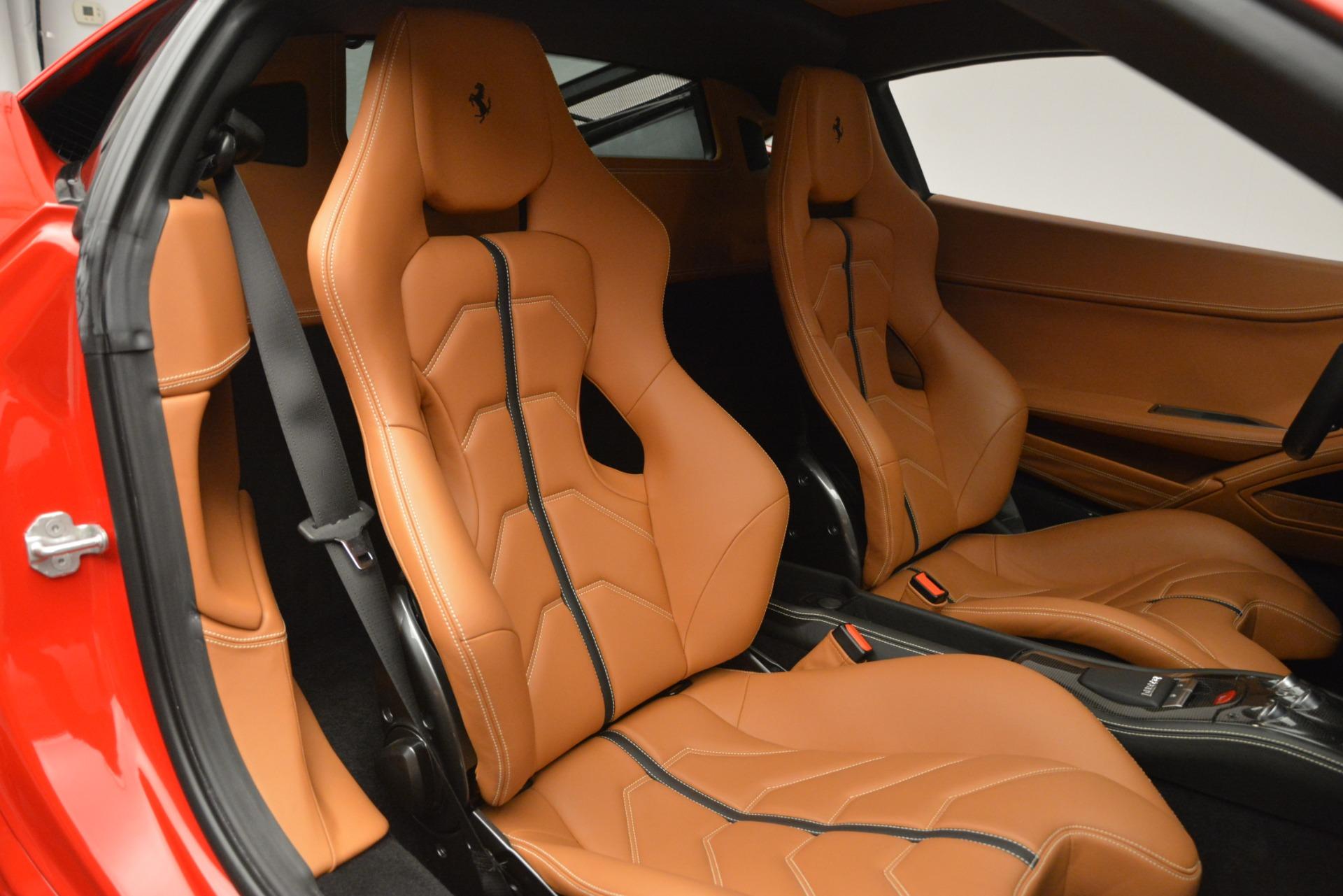 Used 2014 Ferrari 458 Italia  For Sale In Greenwich, CT. Alfa Romeo of Greenwich, 4530 2920_p19