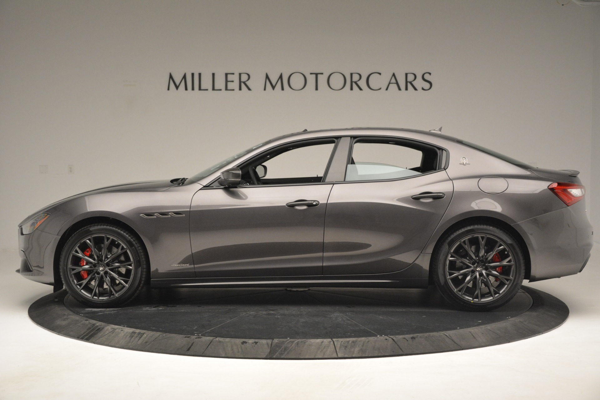 New 2019 Maserati Ghibli S Q4 GranSport For Sale In Greenwich, CT. Alfa Romeo of Greenwich, W670 2925_p4