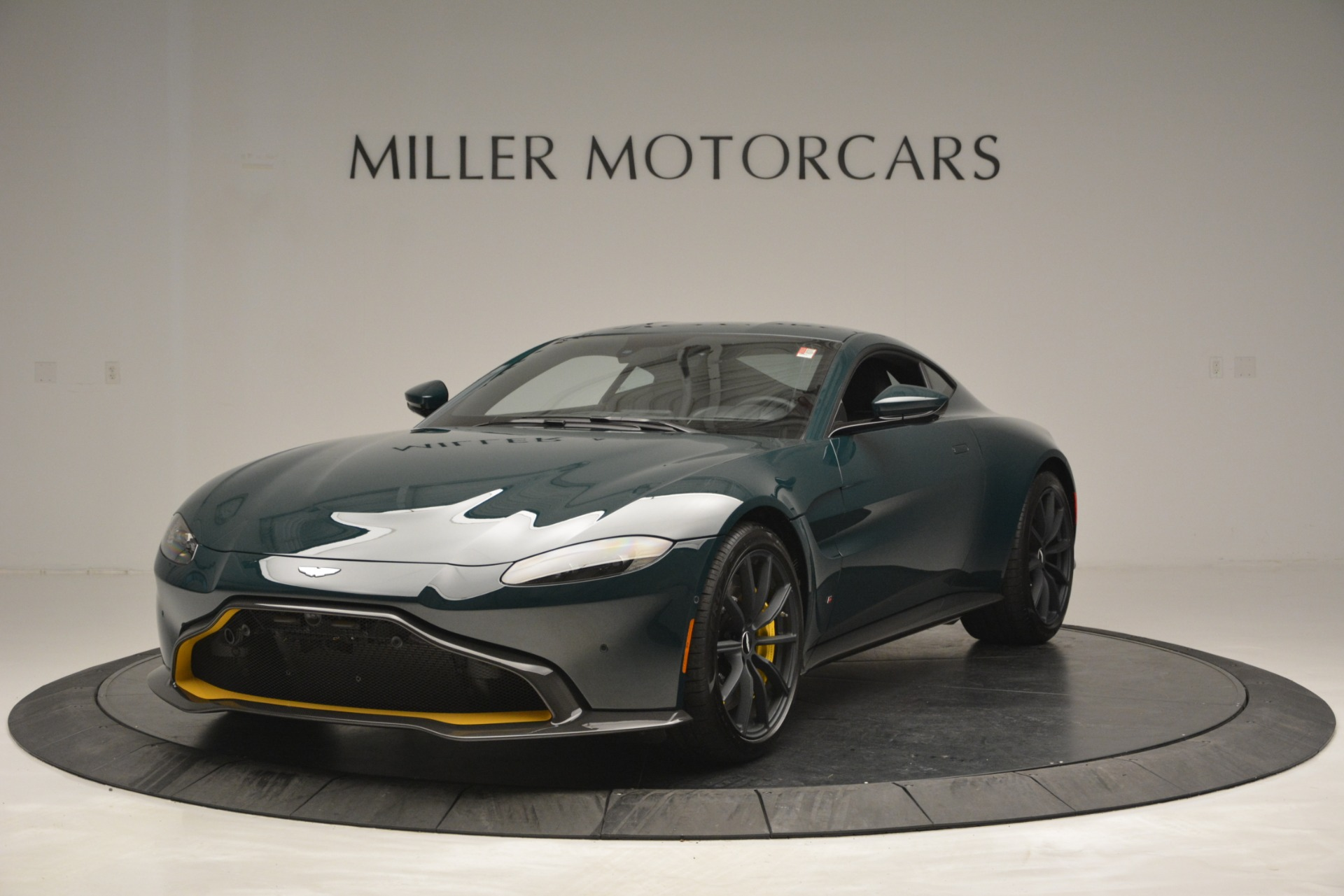 Used 2019 Aston Martin Vantage Coupe For Sale In Greenwich, CT. Alfa Romeo of Greenwich, A1347B 2929_p2